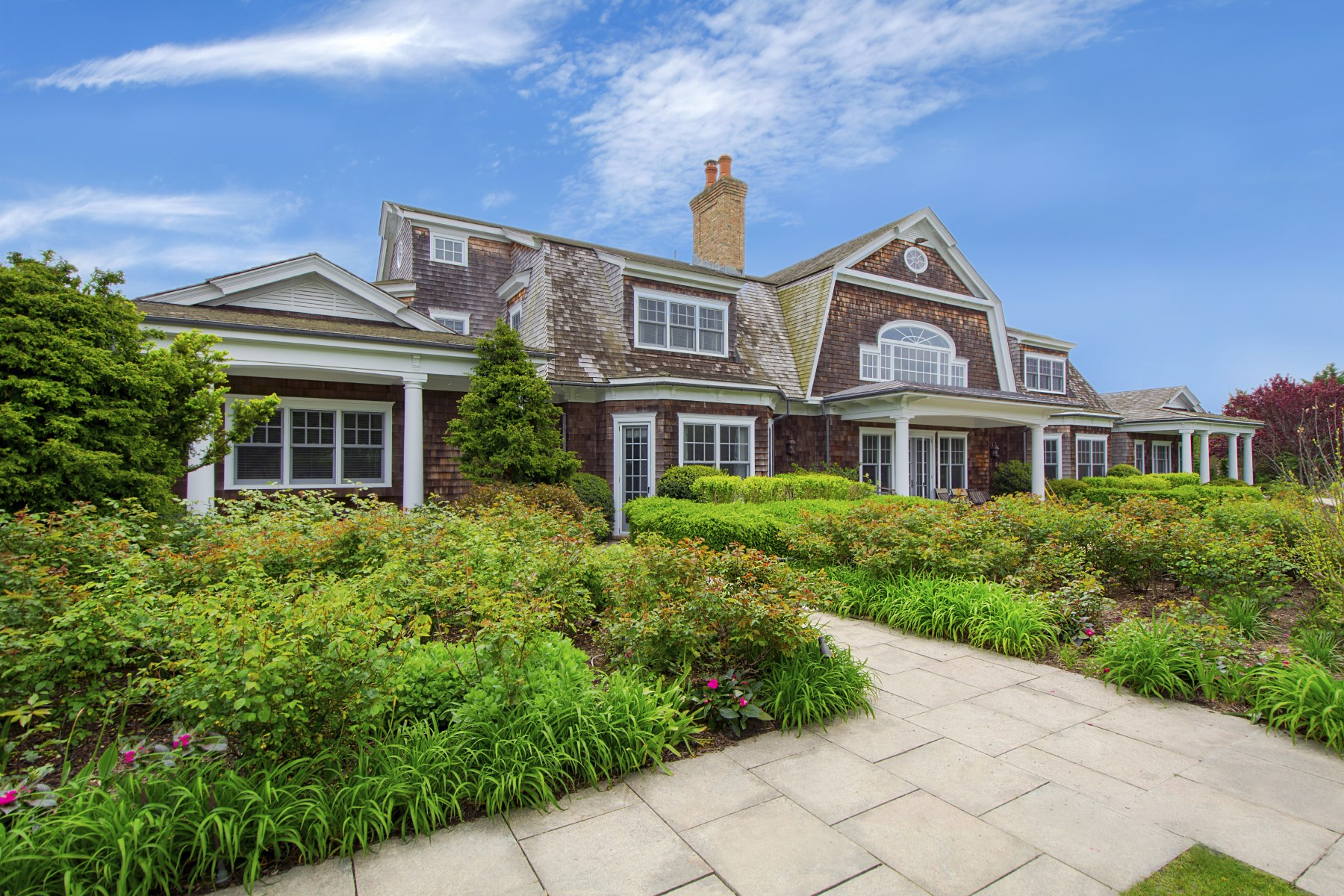 Additional photo for property listing at Estate Style Home on Ocean Road 704 Ocean Road Bridgehampton, New York 11932 United States