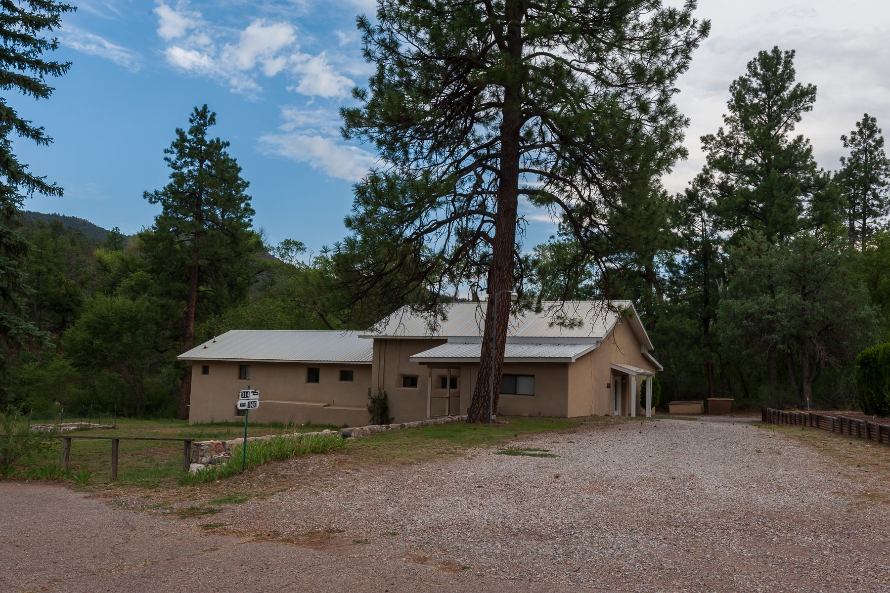 Single Family Homes للـ Sale في Jemez Springs, New Mexico 87025 United States