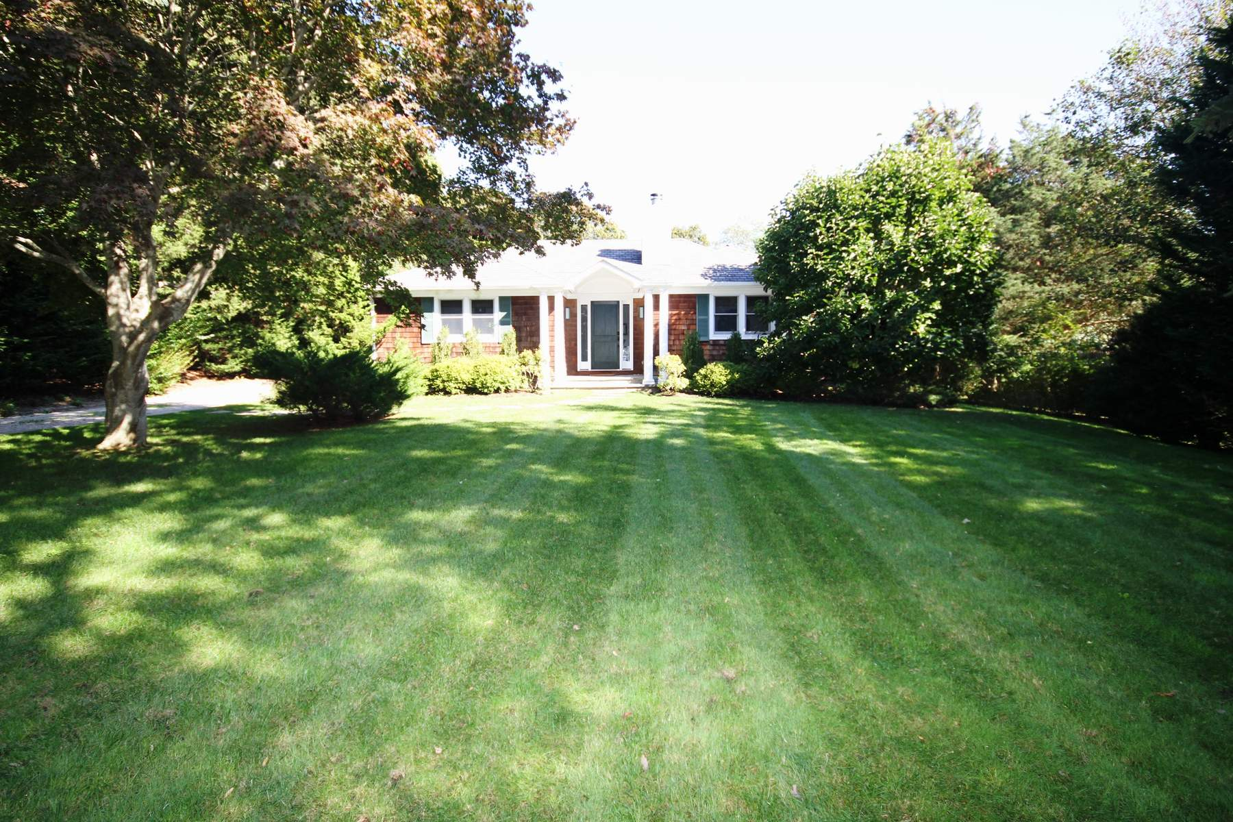 Single Family Home for Rent at Stylish Summer Retreat Southampton, New York 11968 United States