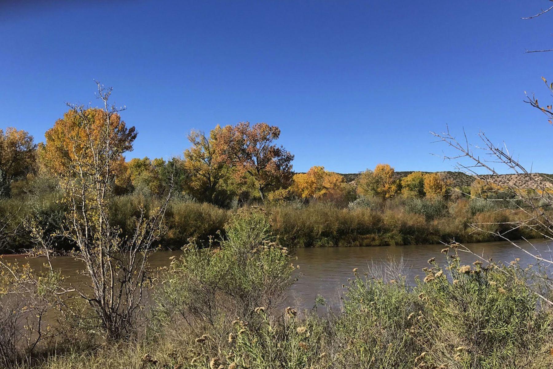 Terreno per Vendita alle ore Abiquiu, Nuovo Messico 87548 Stati Uniti