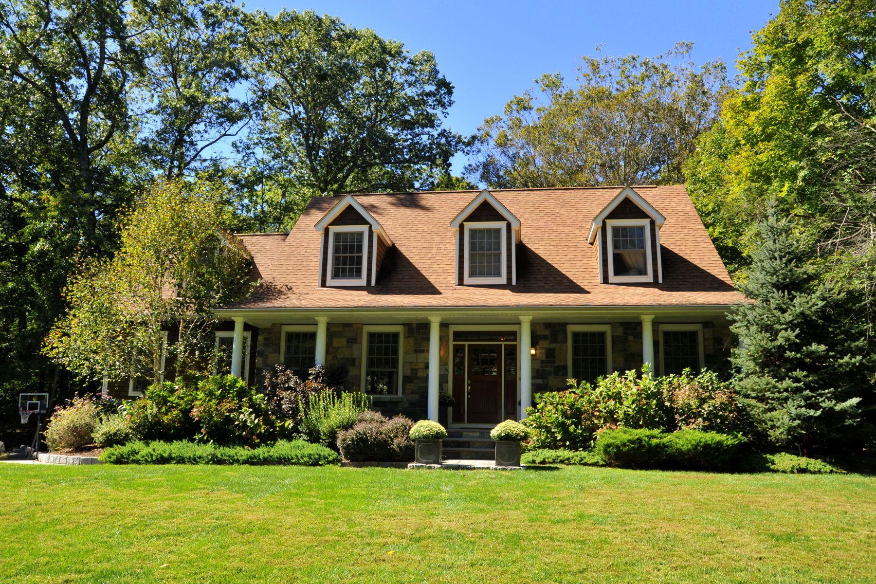 Single Family Homes للـ Sale في Cos Cob, Connecticut 06870 United States