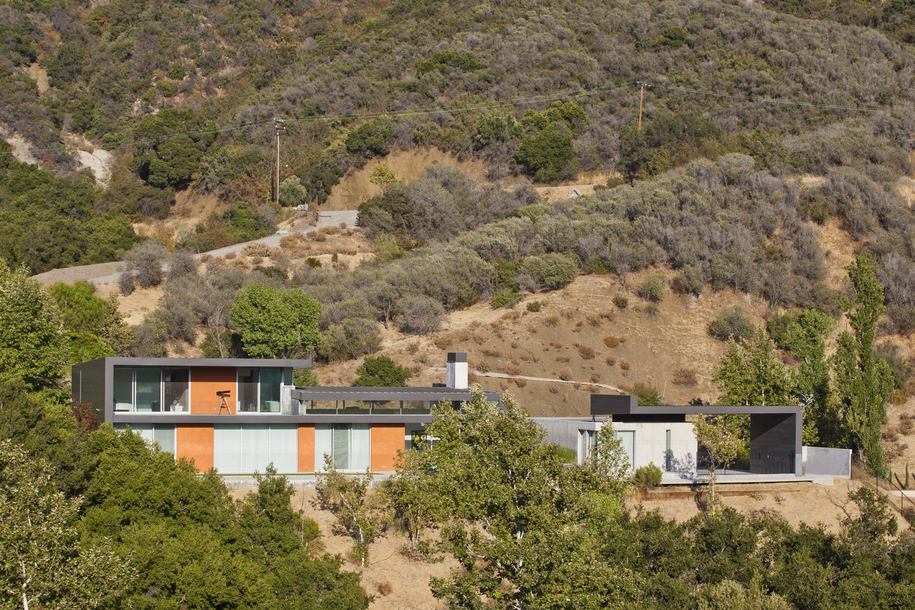 Additional photo for property listing at 1055 Cold Canyon Rd., Calabasas 1055 Cold Canyon Road Calabasas, California 91302 United States