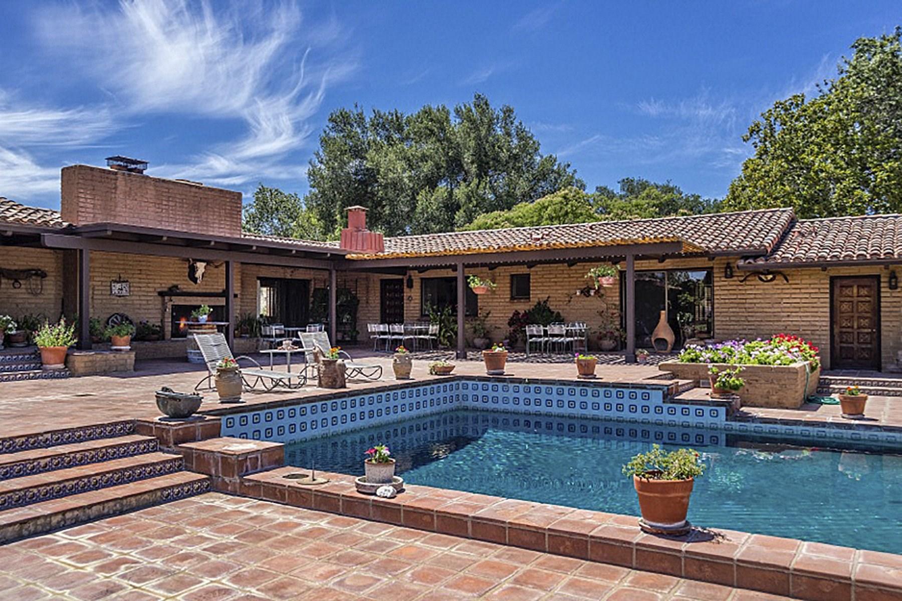 Ferme / Ranch / Plantation pour l Vente à Foxen Canyon Classic 5999 Foxen Canyon Road Santa Ynez, Californie, 93460 États-Unis