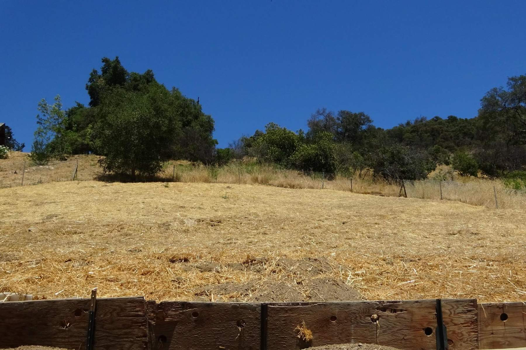 أراضي للـ Sale في Nearly a full acre large building site 3224 Canon Place, Topanga, California, 90290 United States