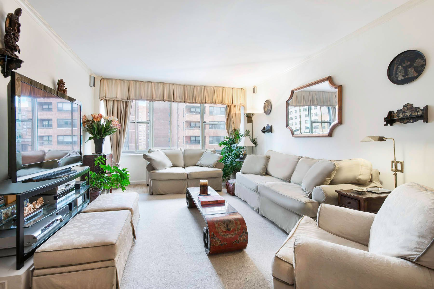 Piso por un Venta en 250 East 65th Street Apt 7G Upper East Side, New York, Nueva York, 10065 Estados Unidos