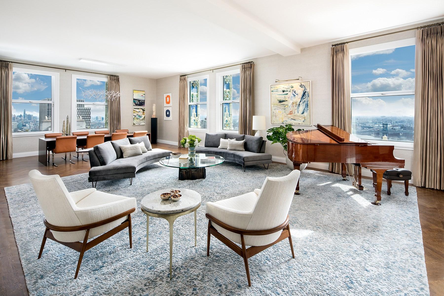 Copropriété pour l Vente à The Woolworth Tower Residences - 32A 2 Park Place Apt 32A Tribeca, New York, New York, 10007 États-Unis