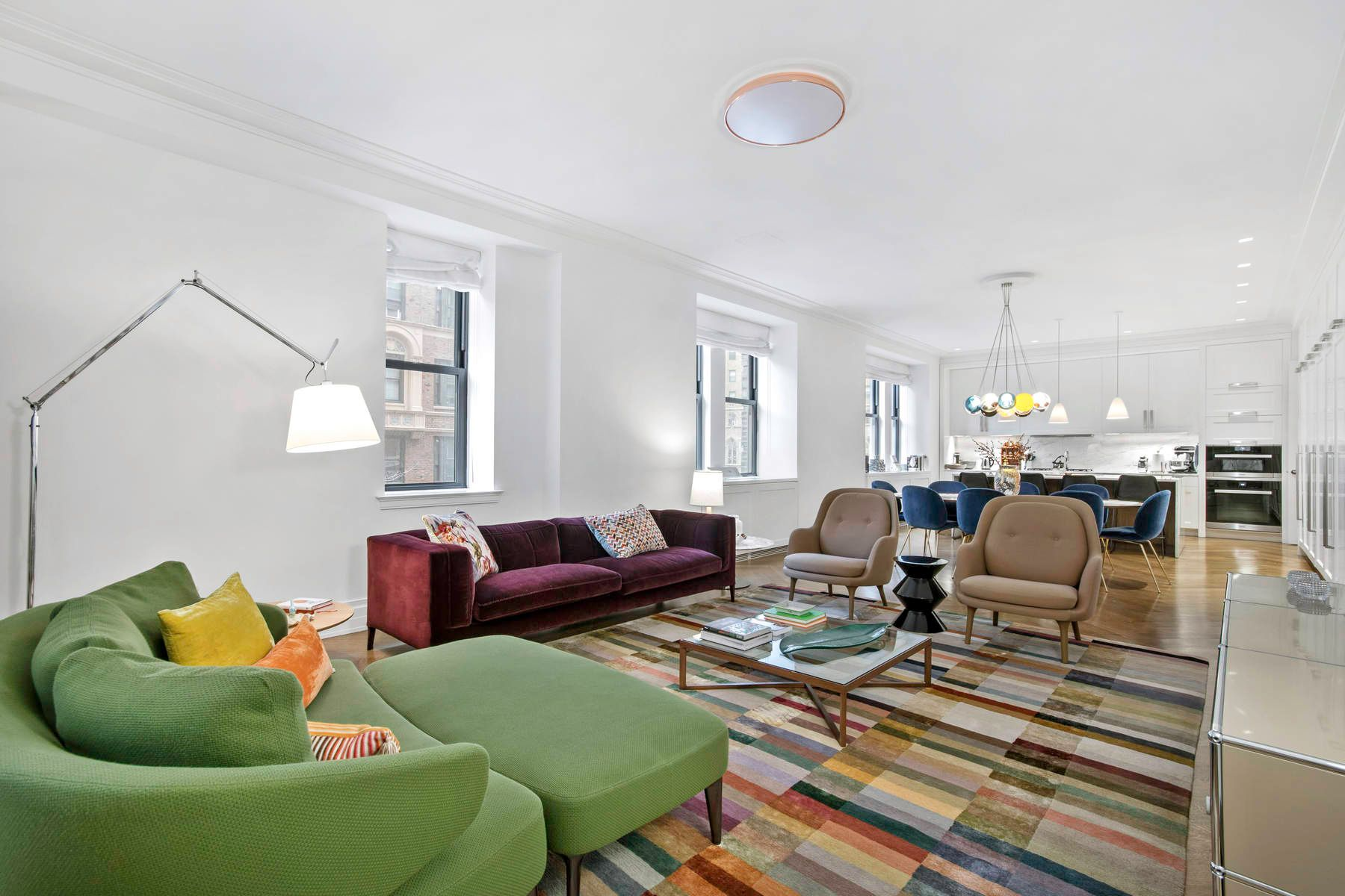 Copropriété pour l Vente à The Astor 235 West 75th Street Apt 320, Upper West Side, New York, New York, 10023 États-Unis