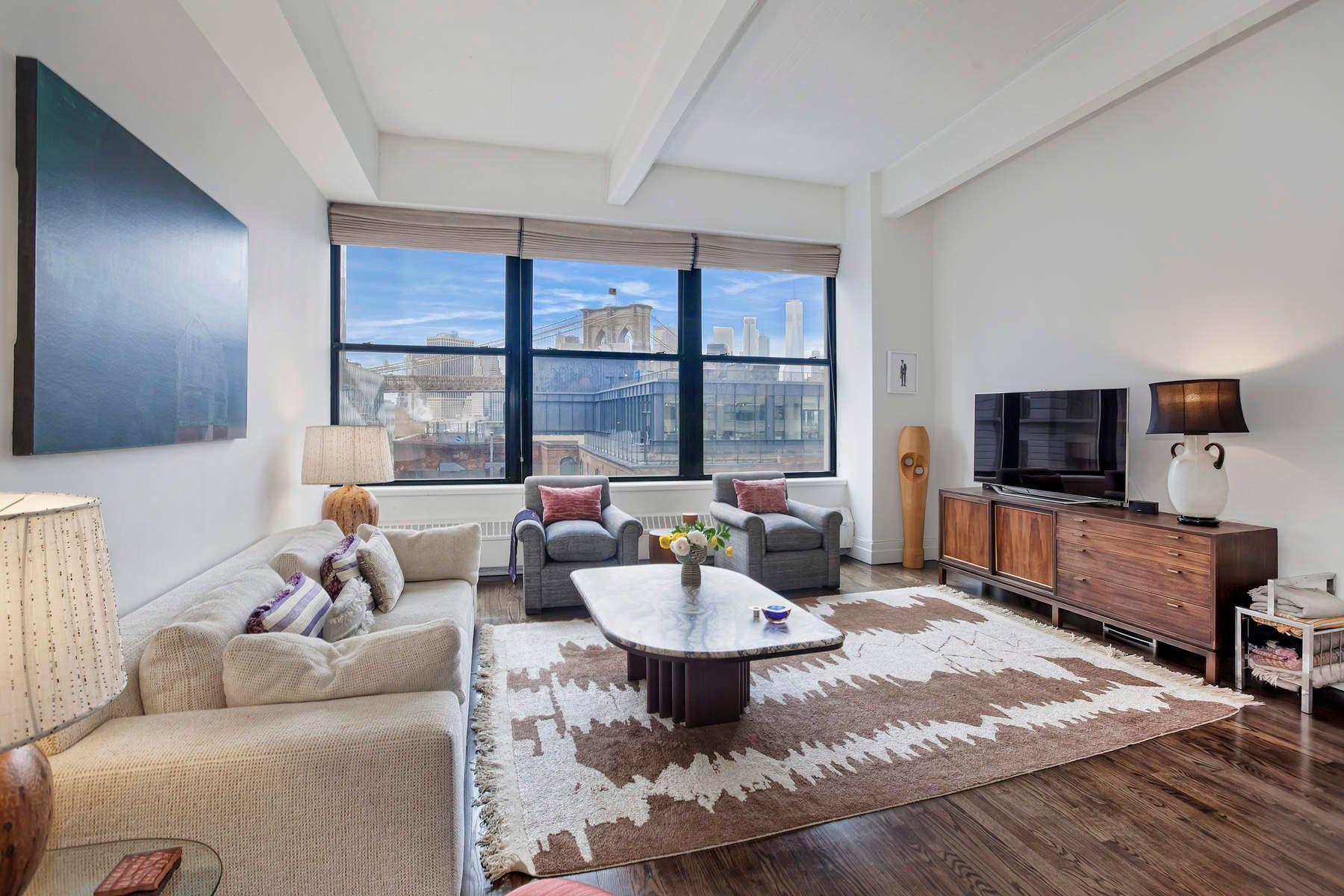 Appartement en copropriété pour l à vendre à Sun-Drenched DUMBO Loft 1 Main Street Apt 5K, Dumbo, Brooklyn, New York, 11201 États-Unis