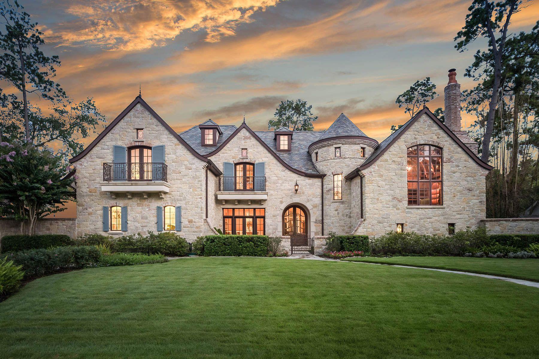 단독 가정 주택 용 매매 에 10923 Kirwick Drive Houston, 텍사스, 77024 미국