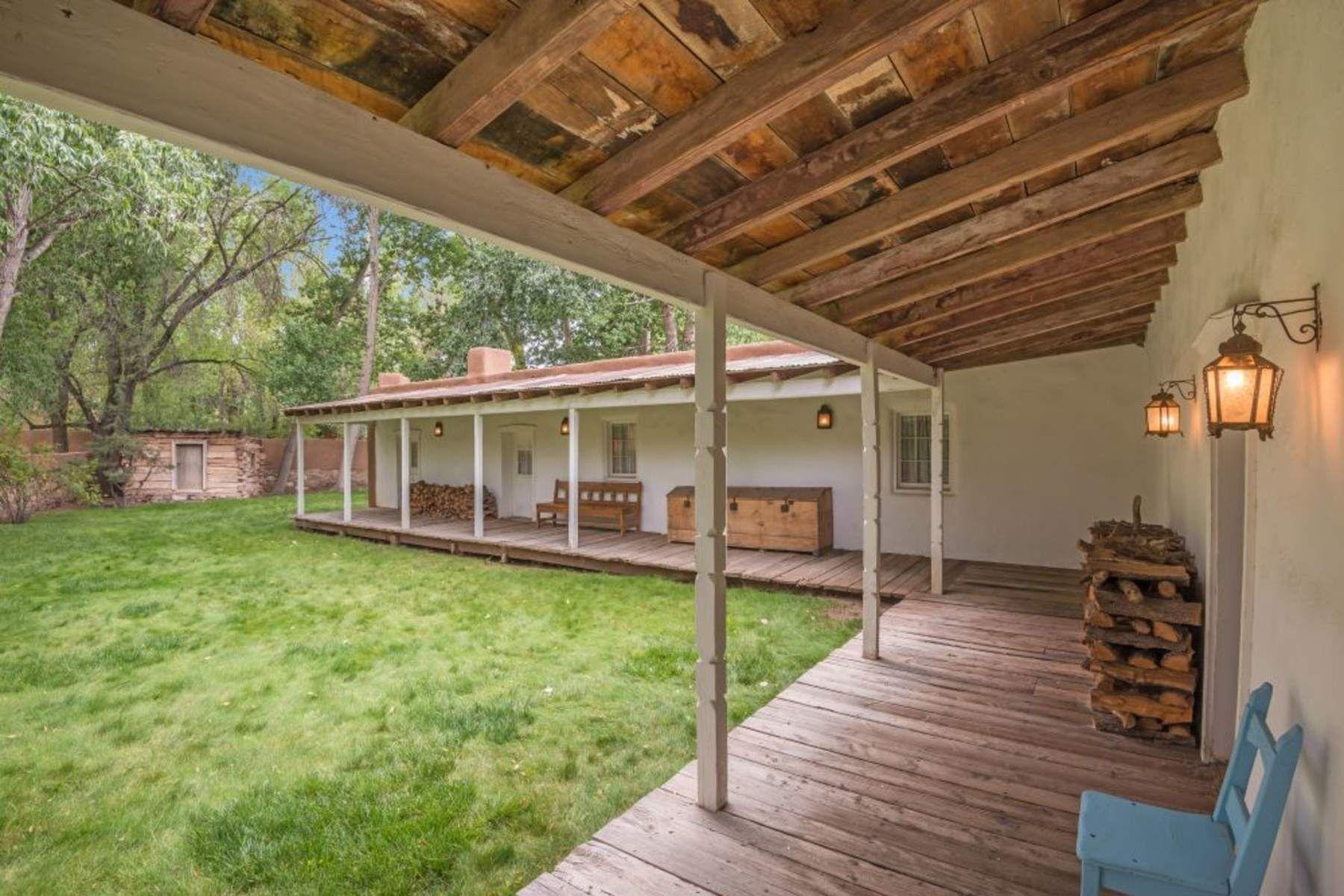 واحد منزل الأسرة للـ Sale في 885 Palace Avenue 885 E Palace Ave, Santa Fe, New Mexico, 87501 United States