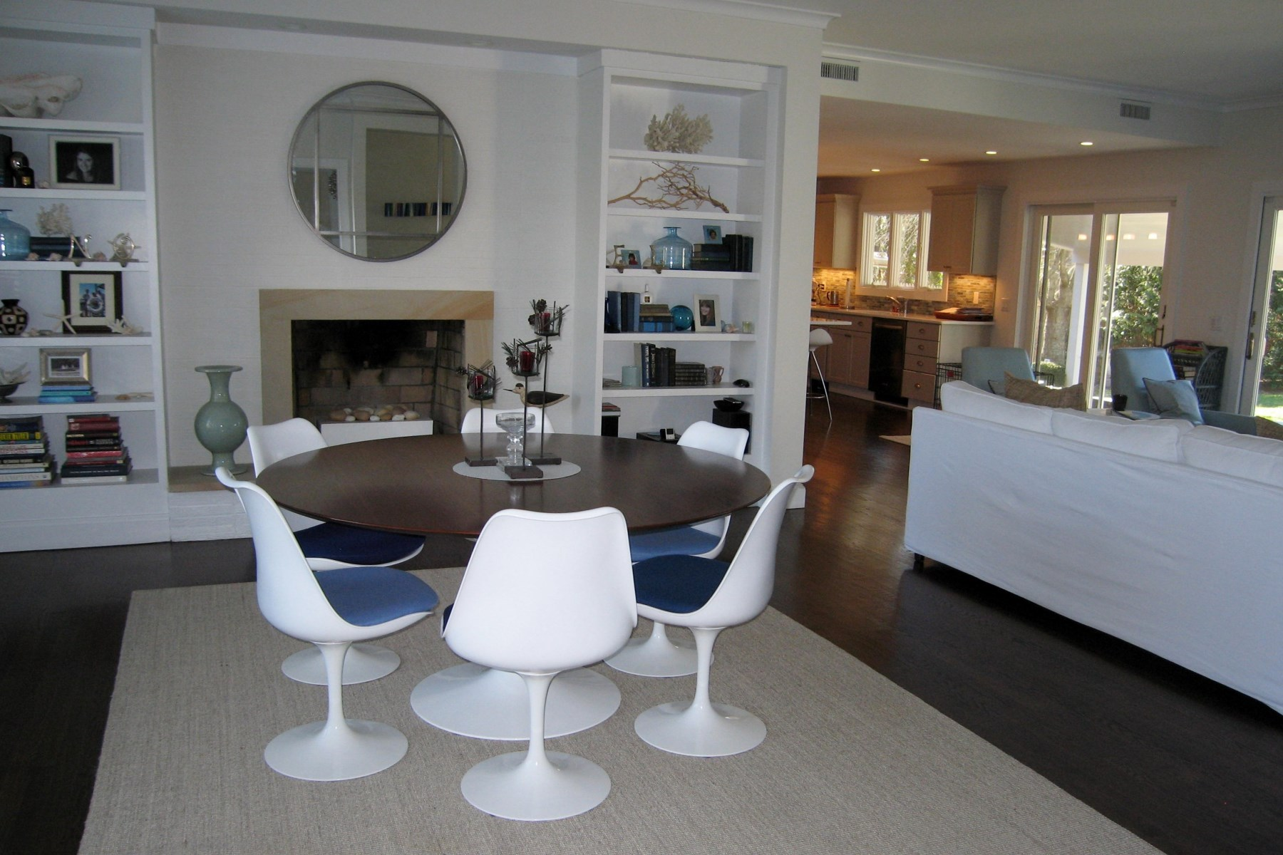 Additional photo for property listing at Village Summer Chic 11 Cedar Court East Hampton, New York 11937 United States