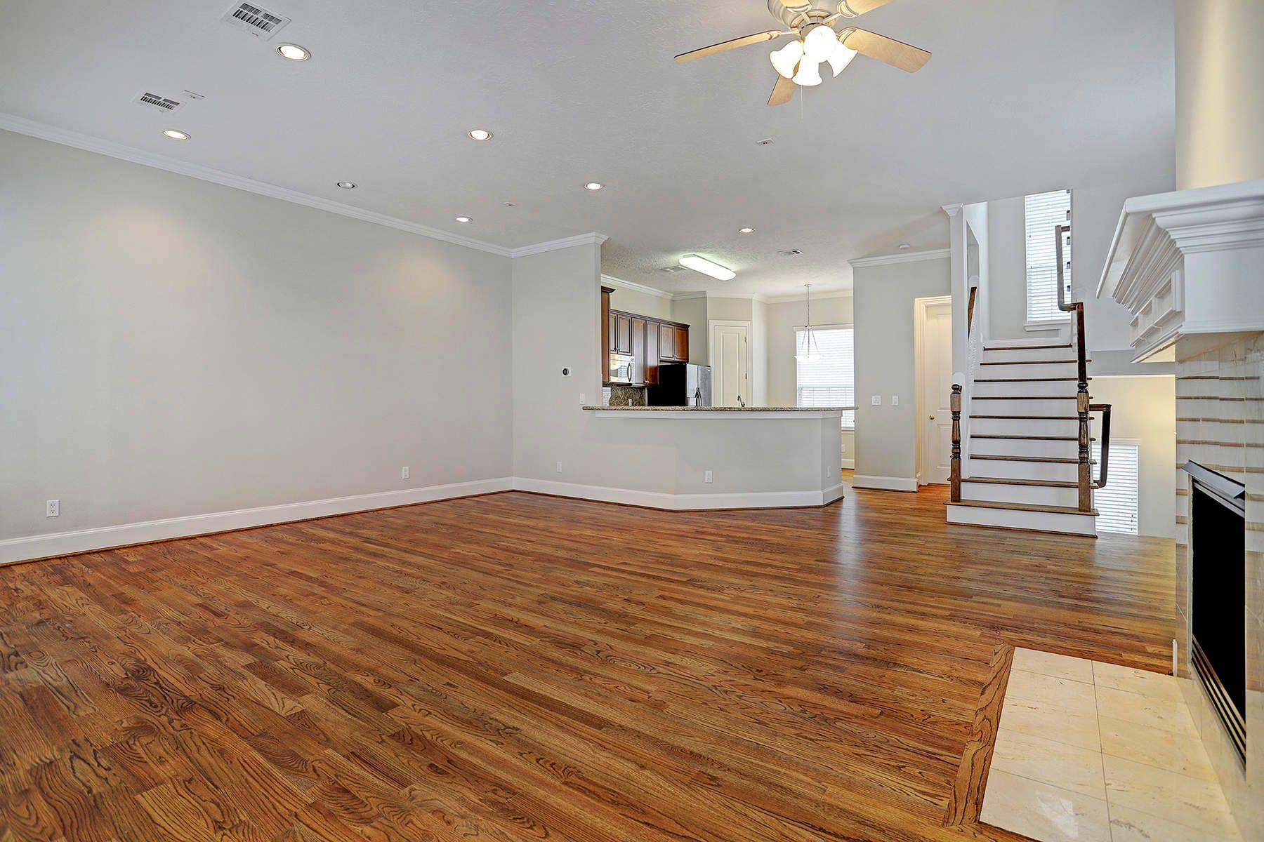 联栋屋 为 销售 在 1515 Oakdale Avenue 1515 Oakdale Avenue Unit 10, 休斯顿, 得克萨斯州, 77004 美国