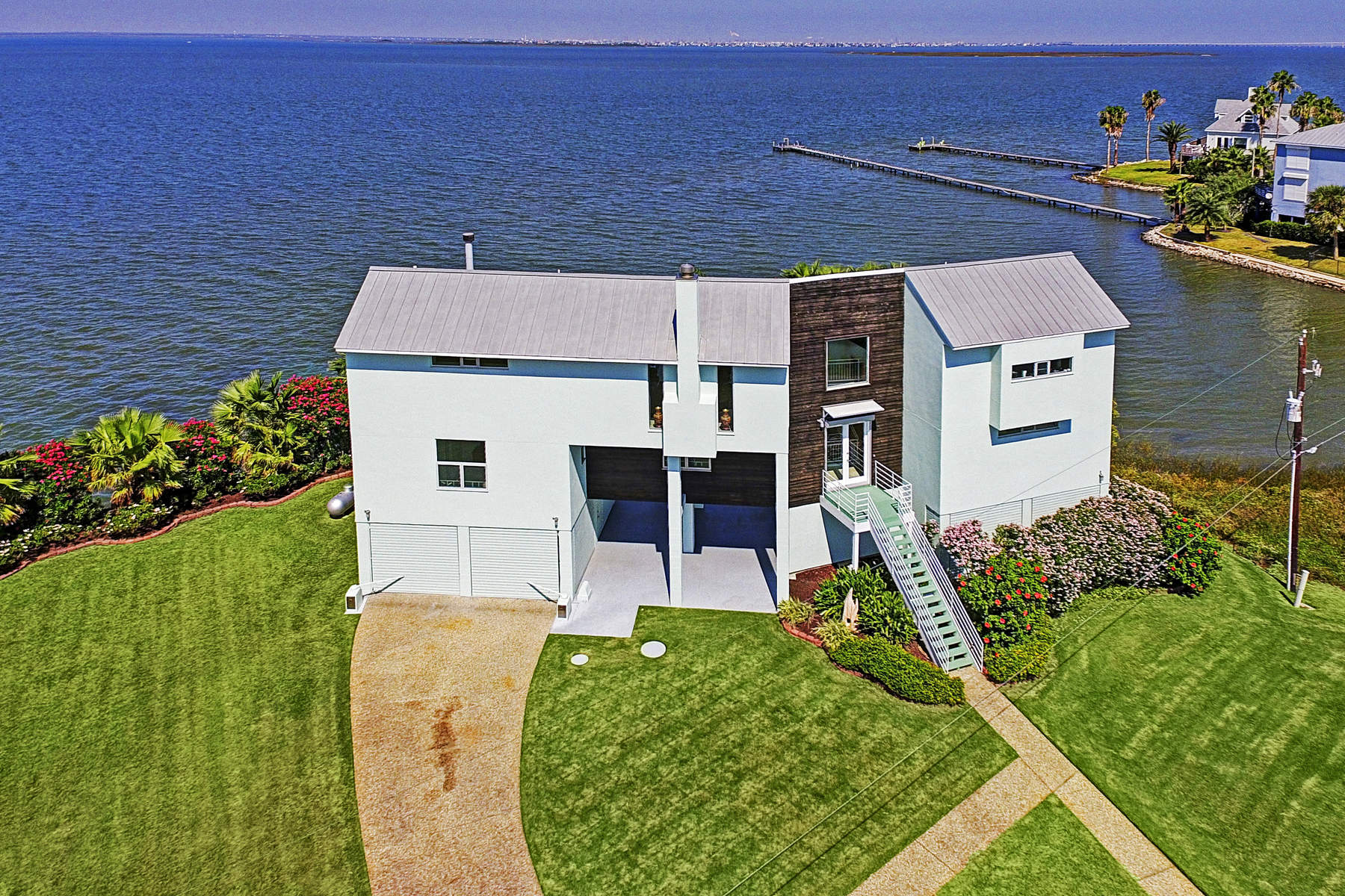 Single Family Home for Sale at 12000 Sportsman Road 12000 Sportsman Road Galveston, Texas 77554 United States