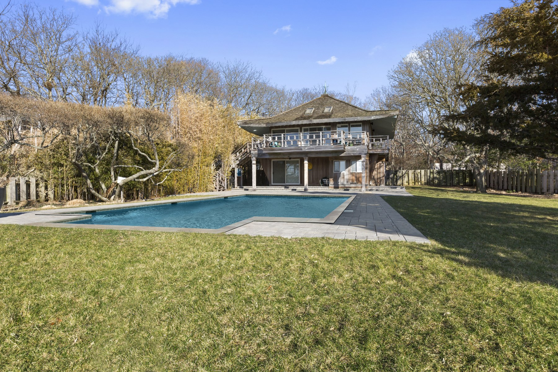 Single Family Home for Rent at Waterfront on Gardiners Bay 16 Bay Inlet Road East Hampton, New York 11937 United States