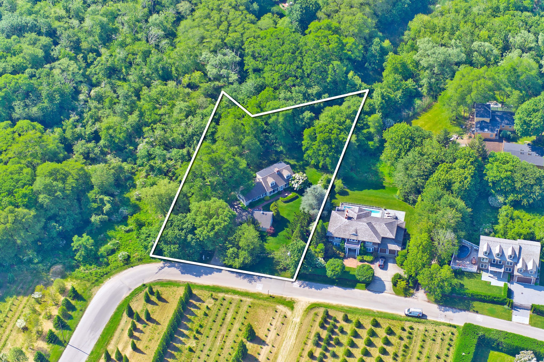 獨棟家庭住宅 為 出售 在 Bridgehampton South 225 Oak Street Bridgehampton South, Bridgehampton, 紐約州, 11932 美國