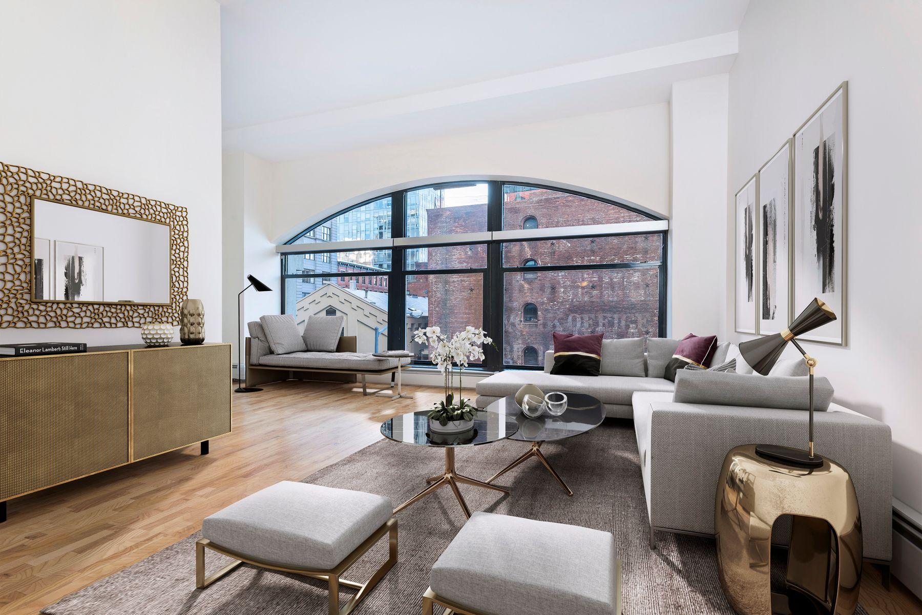 Condominio por un Alquiler en Sun-Filled Dumbo Clock Tower Loft 1 Main Street Apt 2A Brooklyn, Nueva York 11201 Estados Unidos