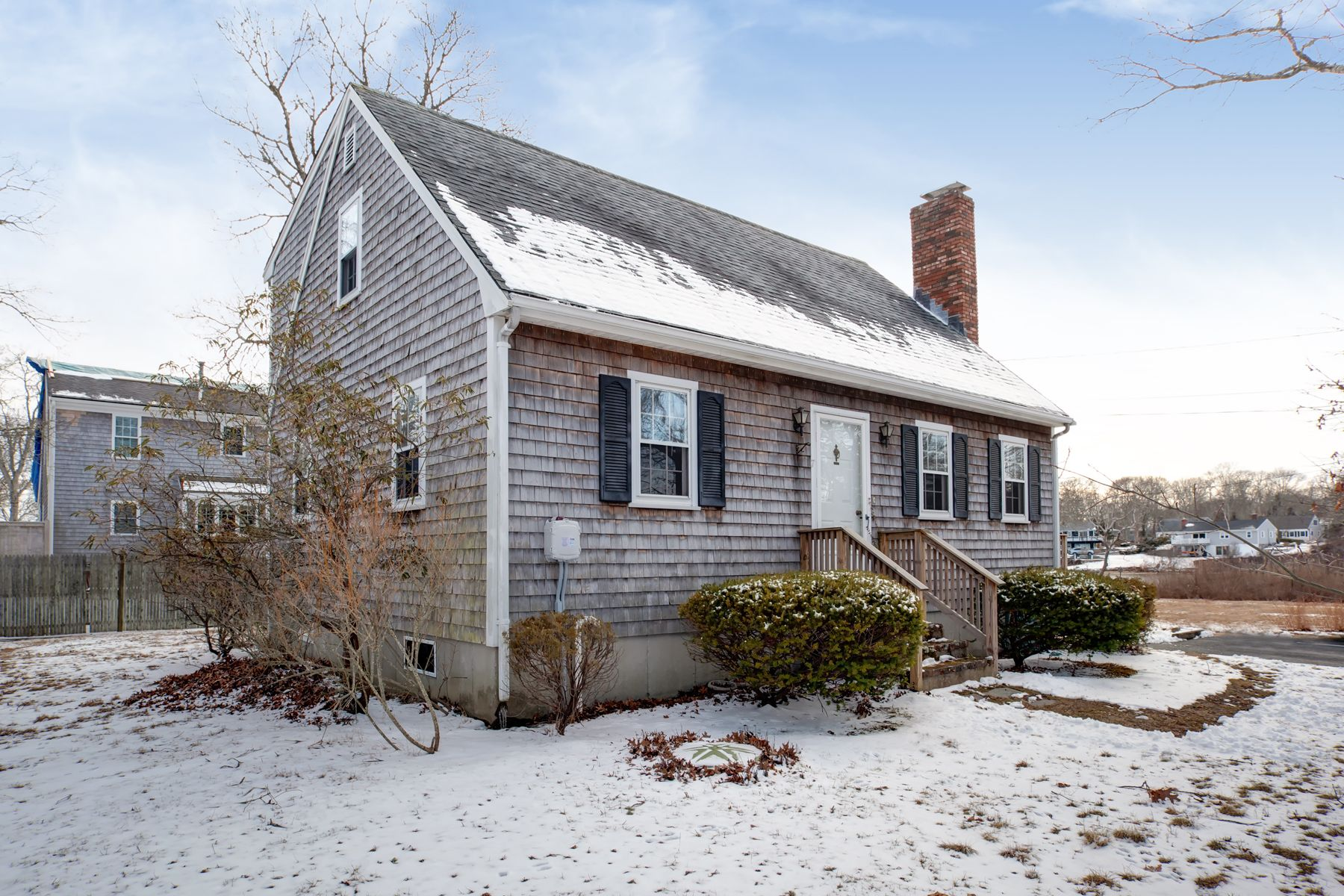 Single Family Home for Active at 7 Reynolds Street East Falmouth, Massachusetts 02536 United States