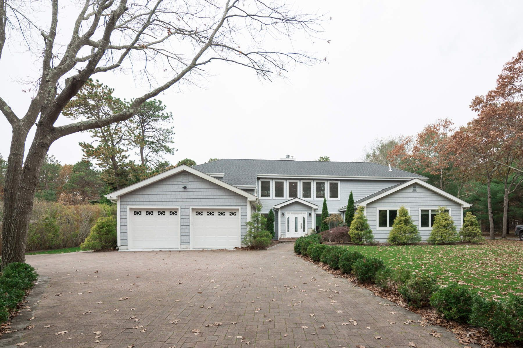 Single Family Home for Rent at Wainscott Light Filled 4 Bdrm W/ Pool Wainscott, New York 11975 United States