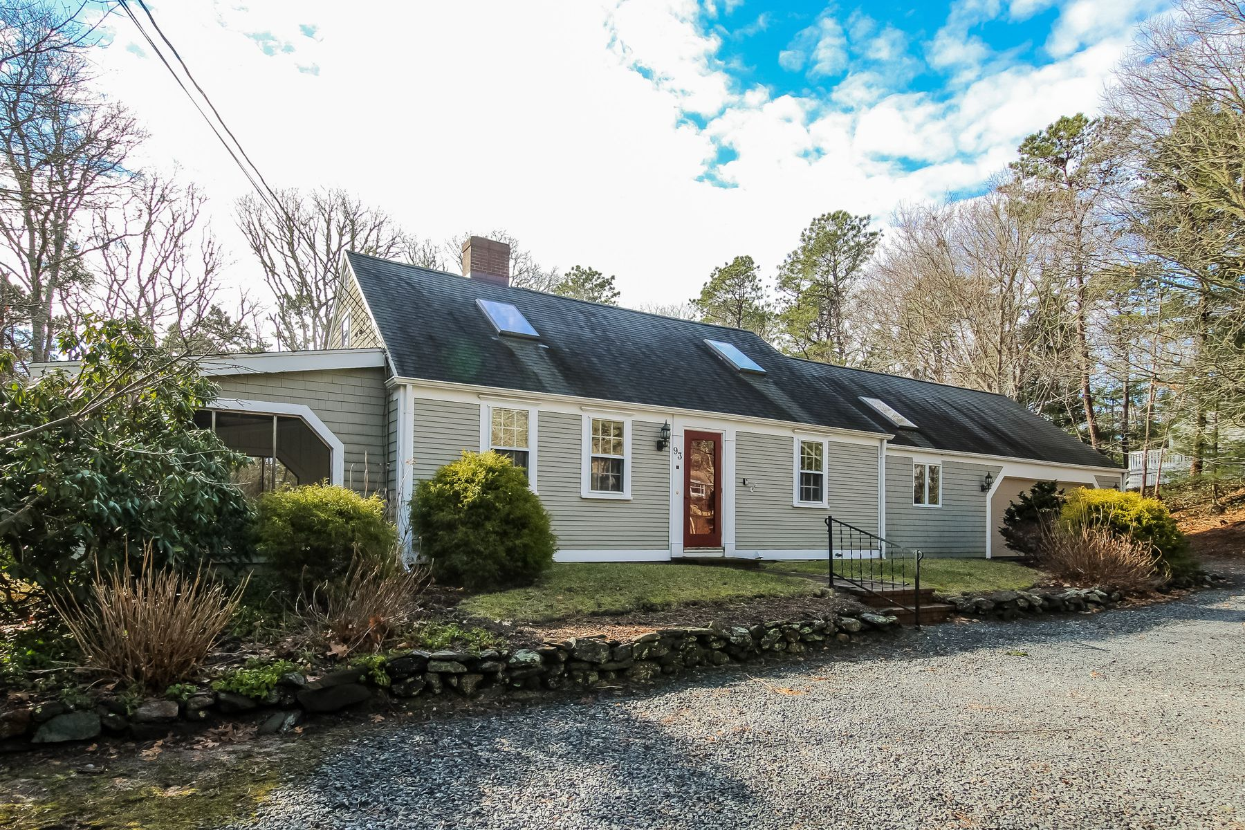 Single Family Home for Active at Classic Cotuit Cape 93 Shell Lane Cotuit, Massachusetts 02635 United States