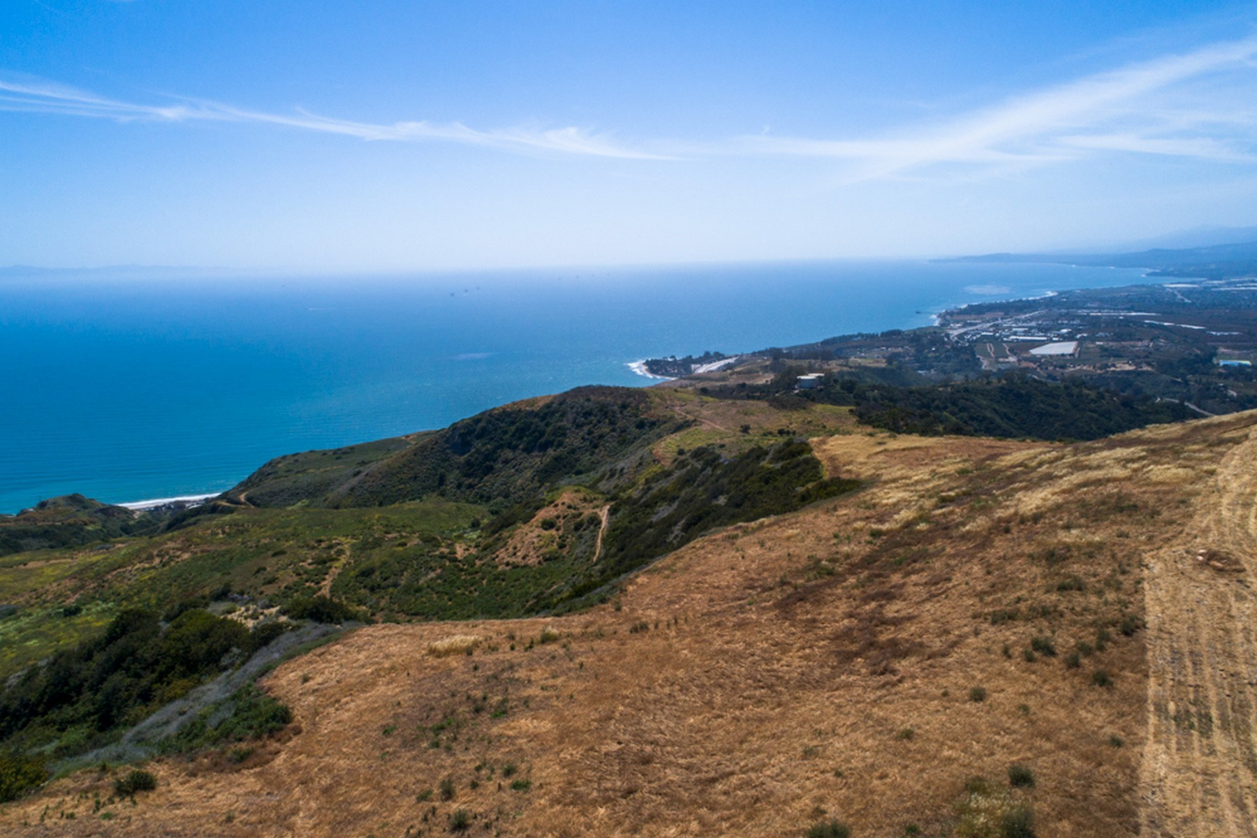 Land for Sale at 40 Acres Rincon Mountain 1620 Ocean View Road Ventura, California 93001 United States