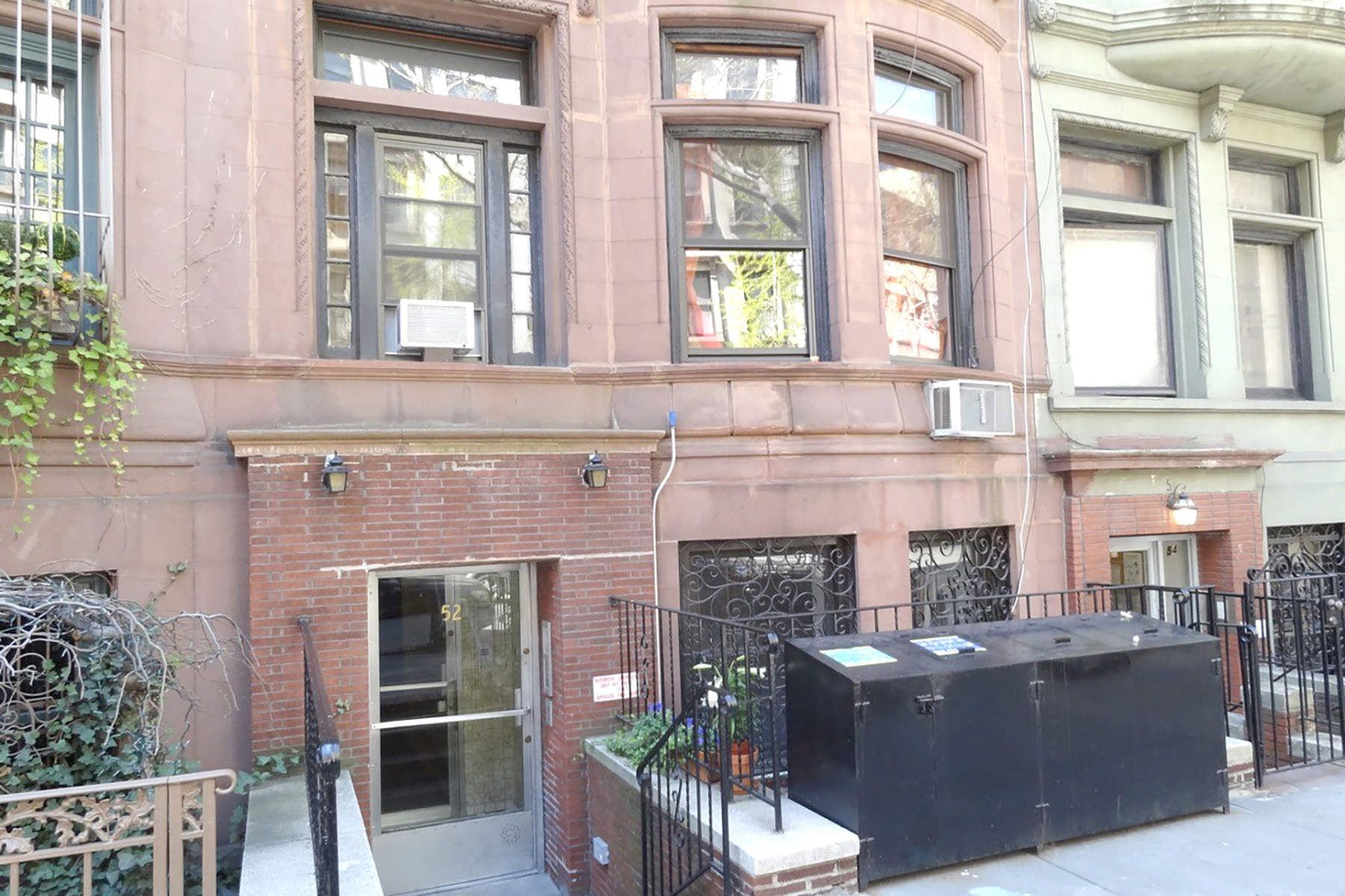 Multi-Family Home for Rent at 52 West 71st Street, Apt 2A New York, New York 10023 United States