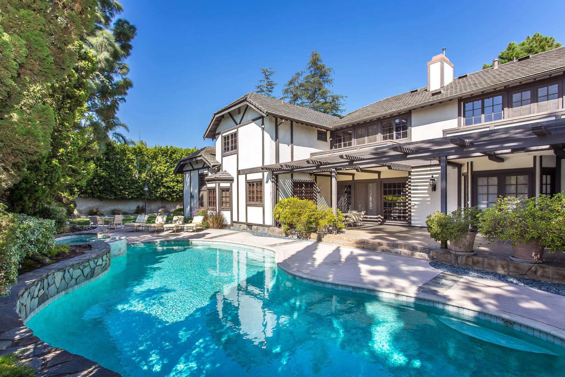 Single Family Home for Sale at Traditional Large Home in Mount Olympus Los Angeles, California 90046 United States