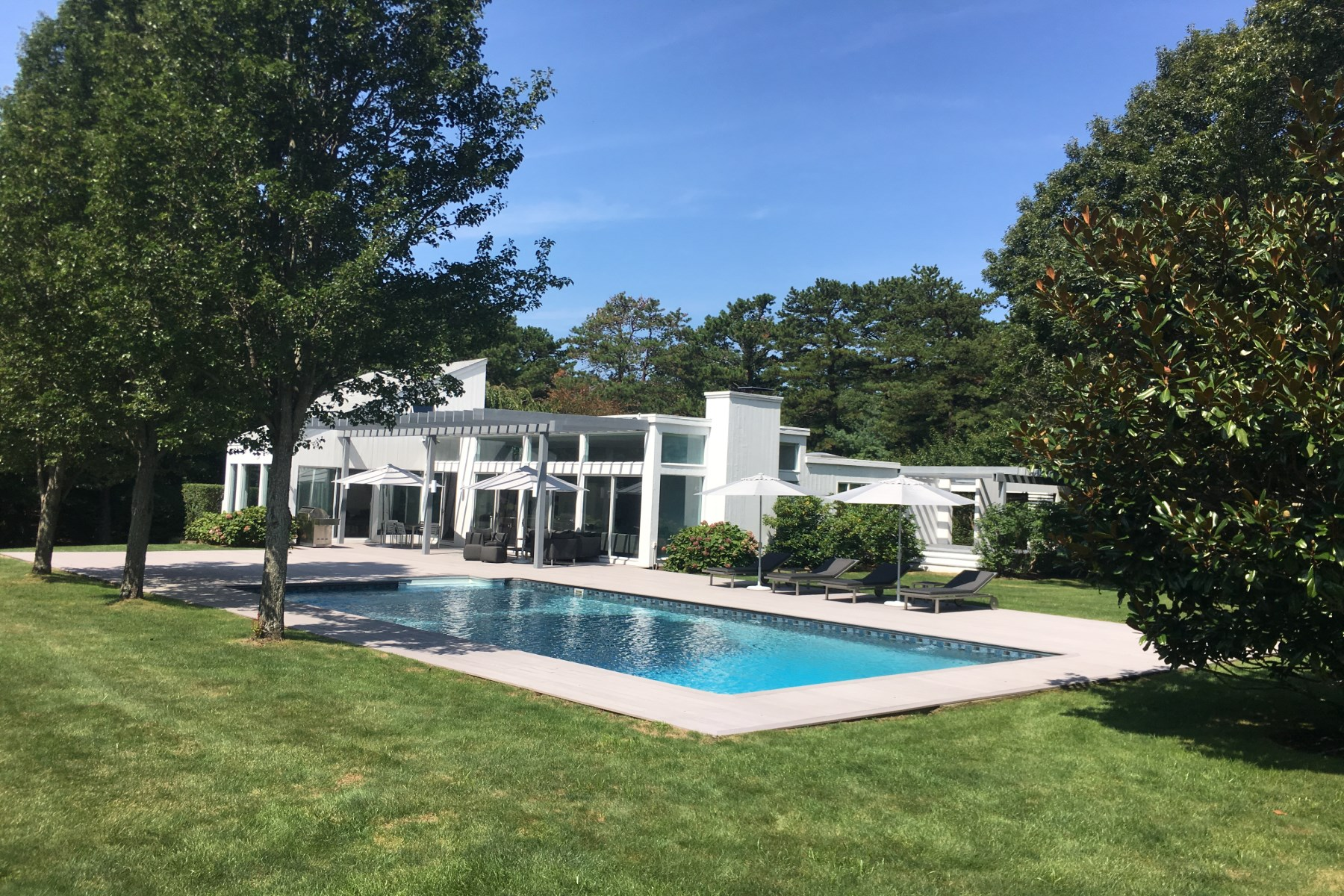 Casa para uma família para Venda às The Limelight Estate 580 Hands Creek Road East Hampton, Nova York, 11937 Estados Unidos