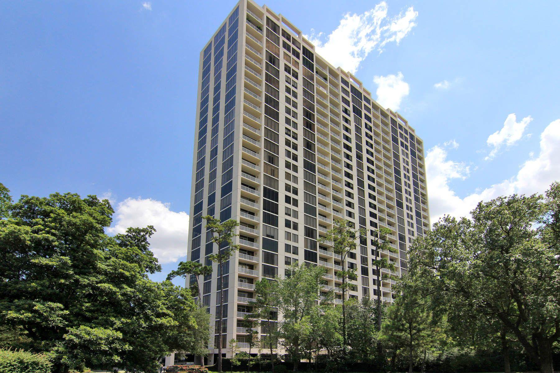 共管式独立产权公寓 为 销售 在 121 North Post Oak Lane Unit 605 Memorial, 休斯顿, 得克萨斯州, 77024 美国