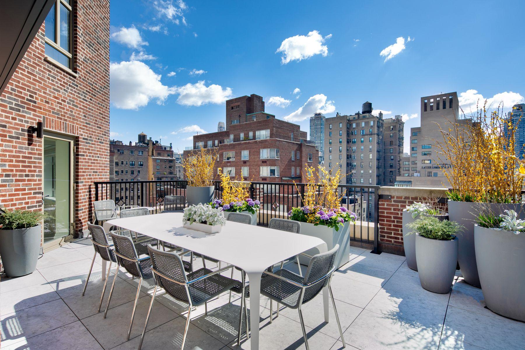 Apartments 為 出售 在 21 East 61st Street, Apt. 14A 21 East 61st Street, Apt 14A, 纽约, 纽约 10065 美國