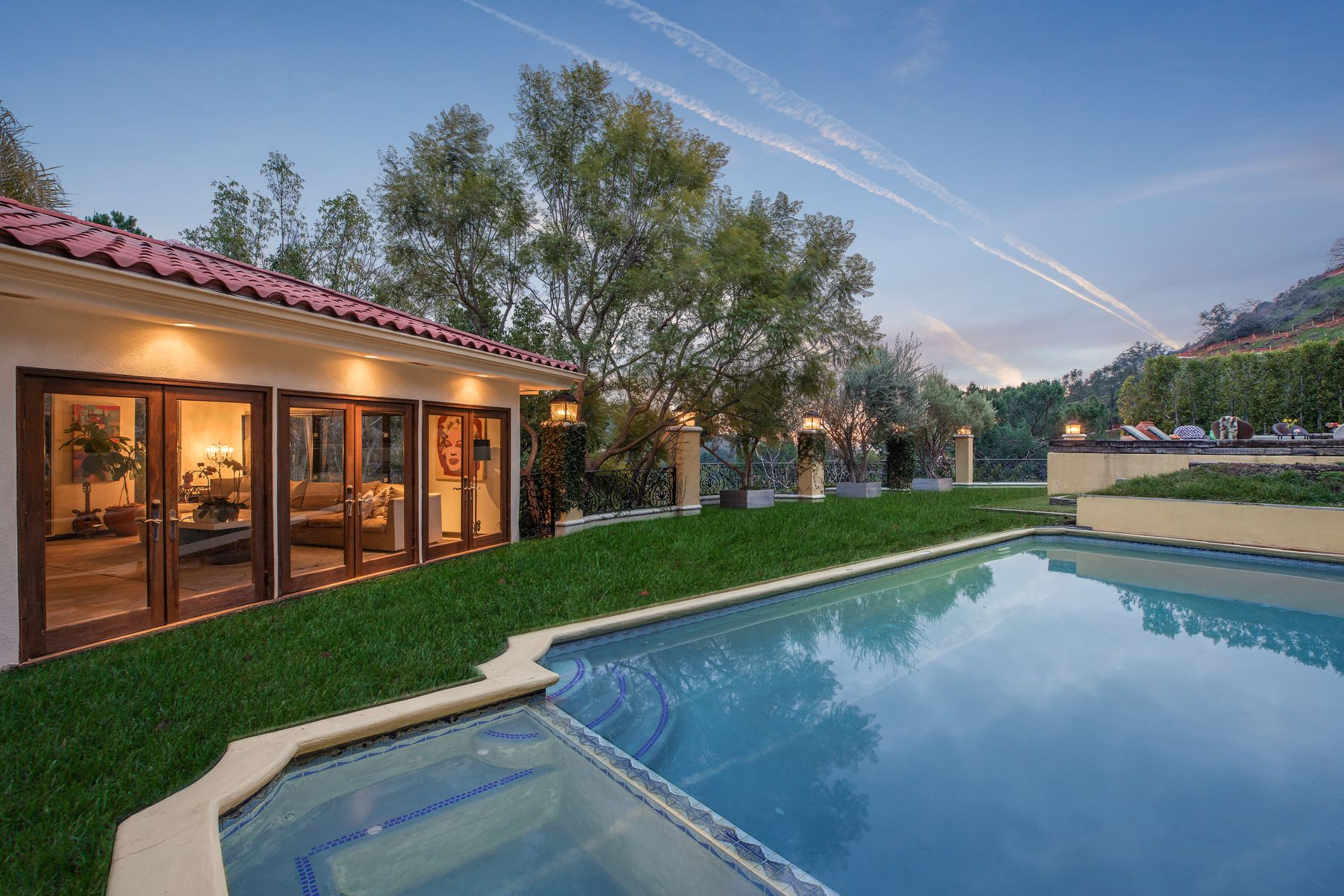 Single Family Homes for Sale at Developer's Dream in Lower BHPO 9635 Cedarbrook Drive Beverly Hills, California 90210 United States