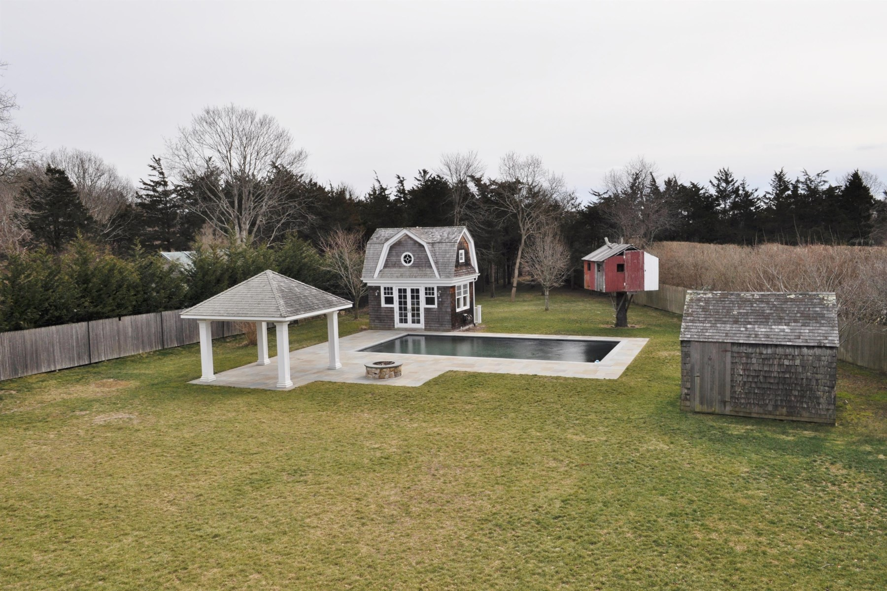 Additional photo for property listing at Skimhampton Road South Of The Highway  East Hampton, New York 11937 United States