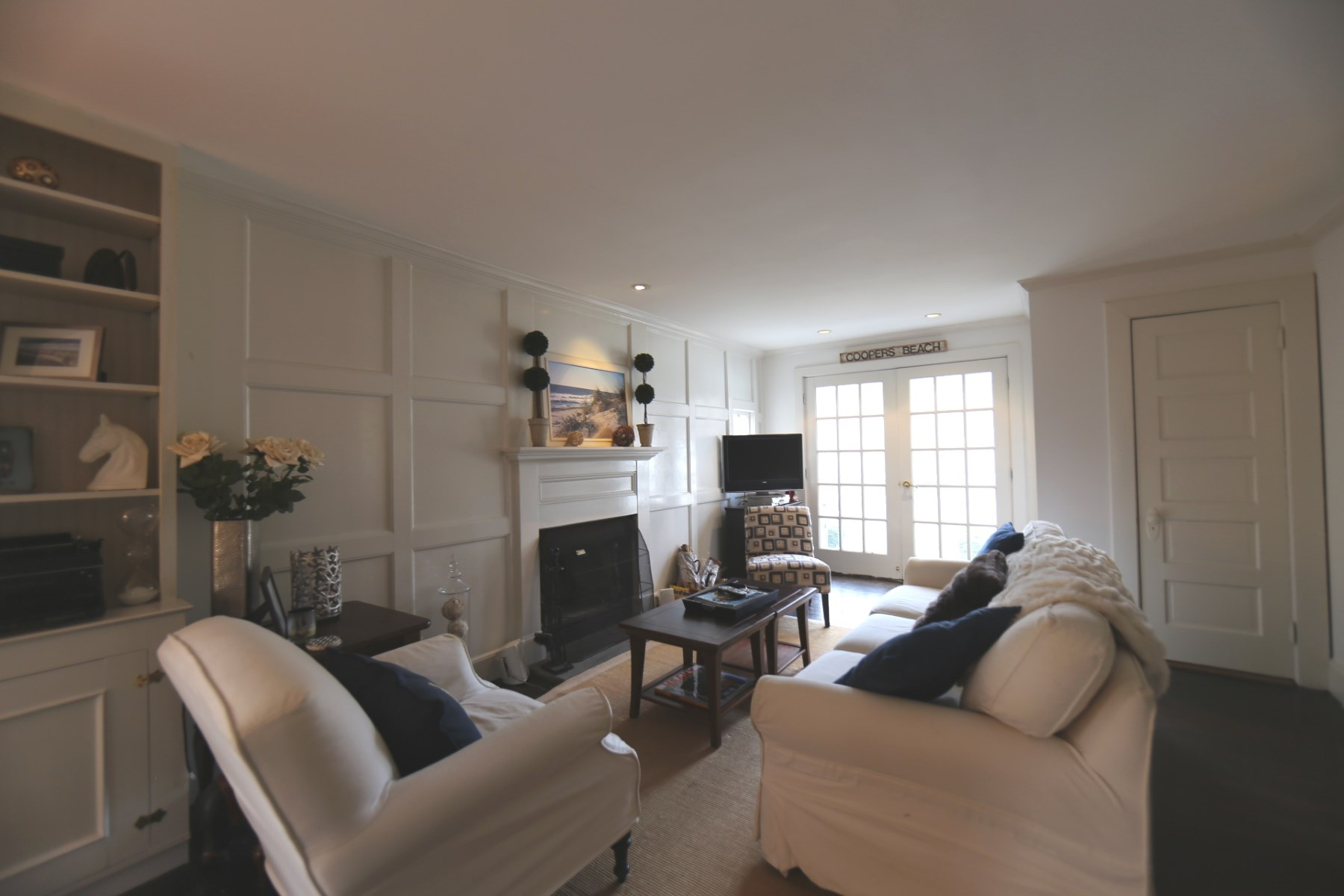 Additional photo for property listing at A Gem in Southampton 33 Halsey Avenue Southampton, New York 11968 United States