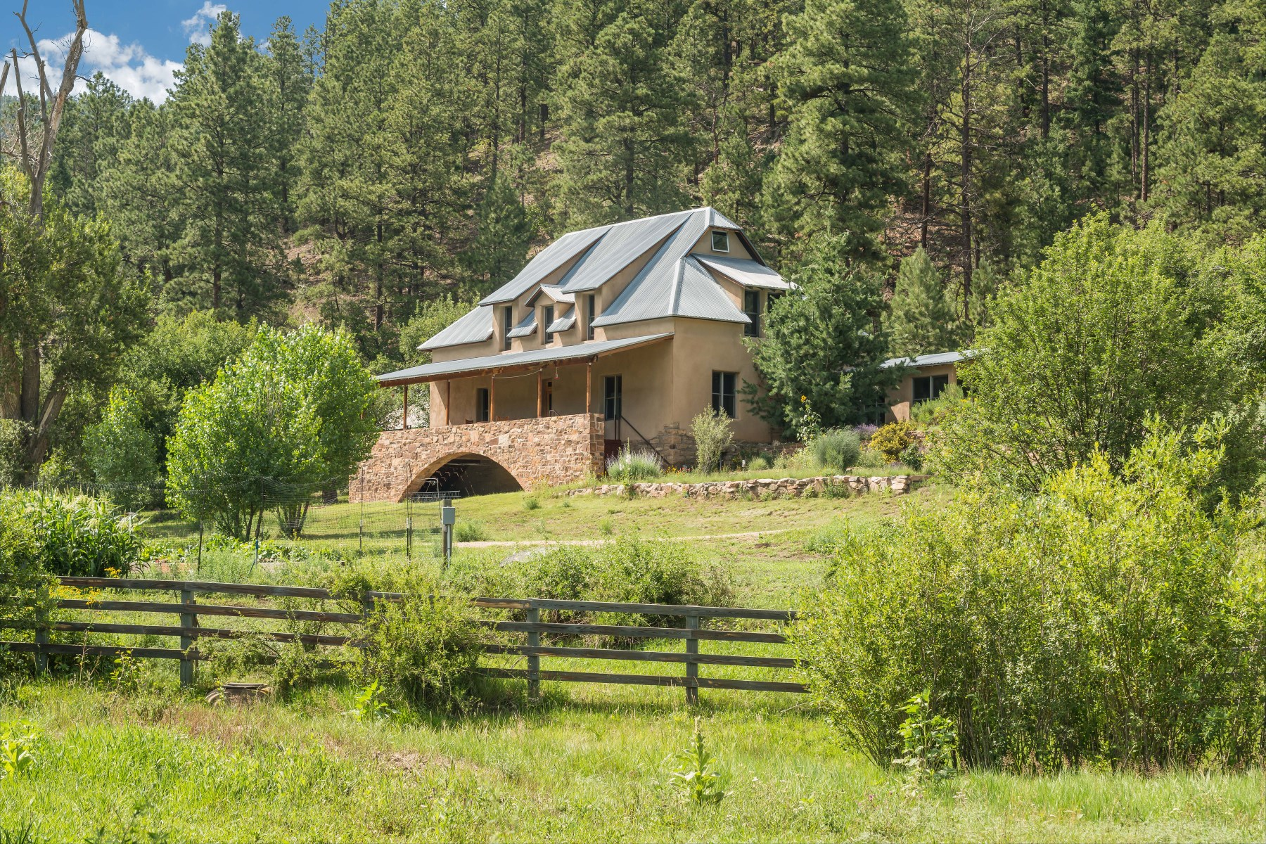 Single Family Home for Sale at 535 Hwy A3A Sapello, New Mexico, 87745 United States