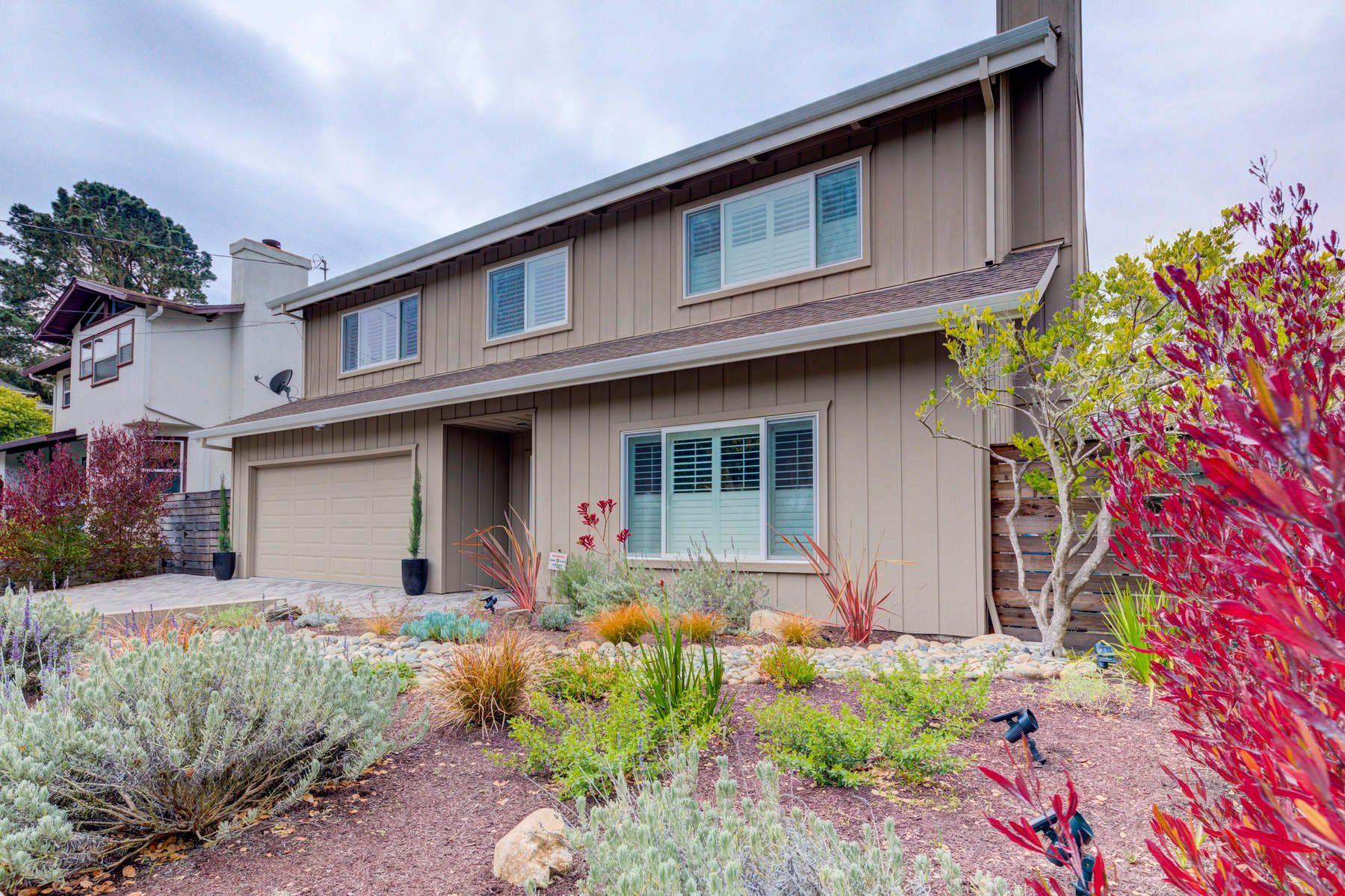 단독 가정 주택 용 매매 에 Wow Factor in Pacific Grove 304 Locust Street, Pacific Grove, 캘리포니아, 93950 미국