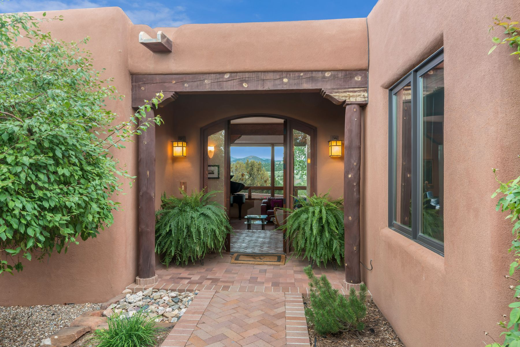 Single Family Homes per Vendita alle ore Lamy, Nuovo Messico 87540 Stati Uniti