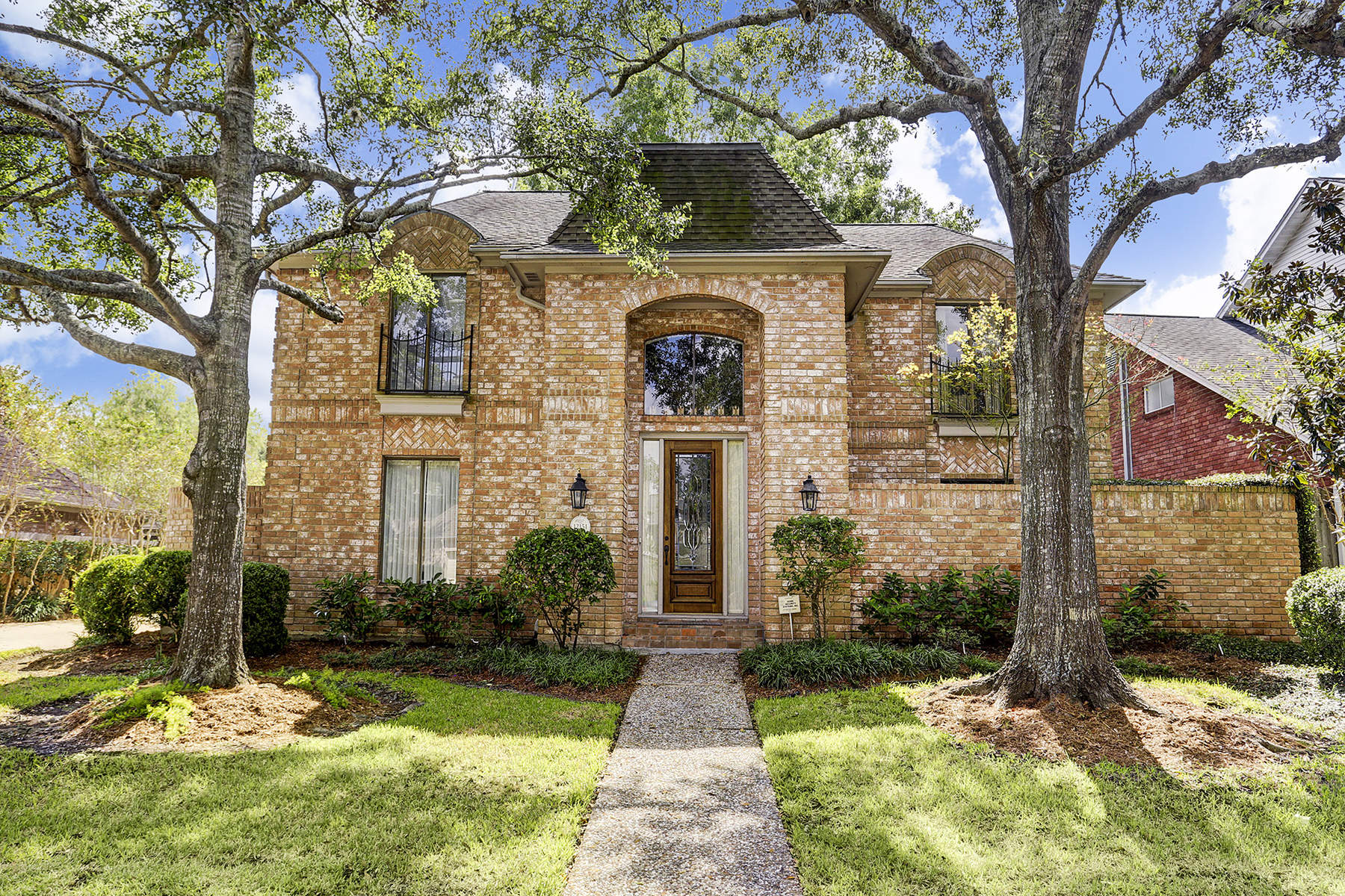 Single Family Home for Sale at 12151 Maple Rock Drive Energy Corridor, Houston, Texas, 77077 United States