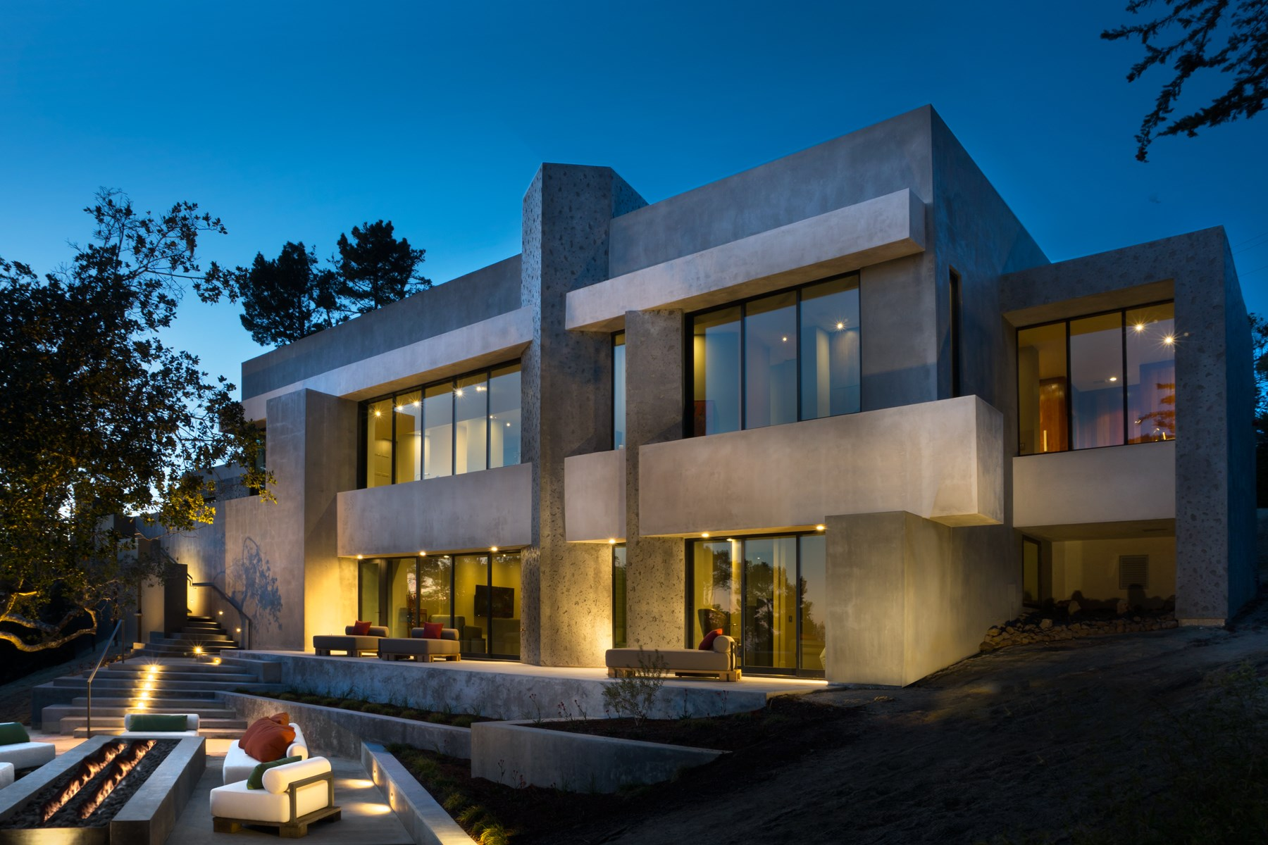 Maison unifamiliale pour l Vente à Architectural Masterpiece 3900 Ronda Road Pebble Beach, Californie, 93953 États-Unis