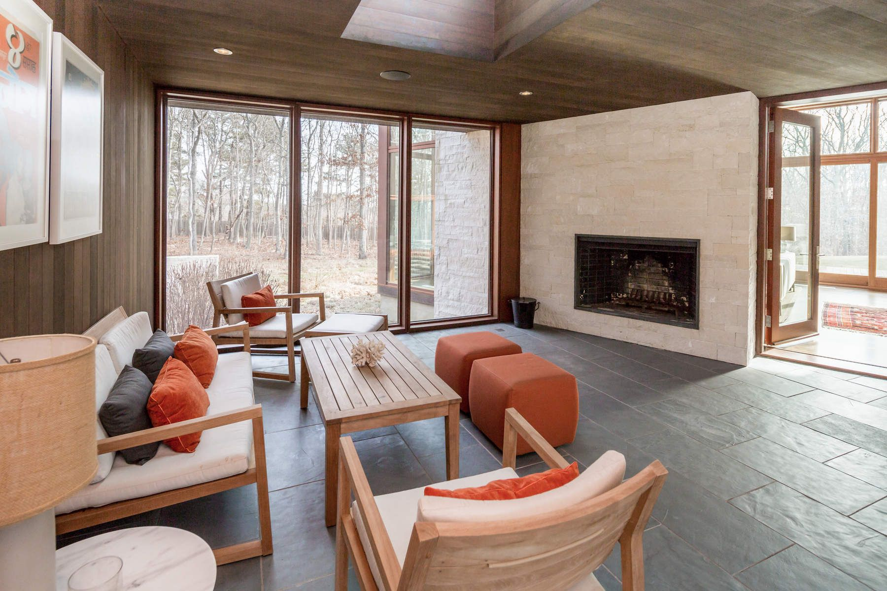 Additional photo for property listing at Stunning Glass Modern in Water Mill  Water Mill, New York 11976 United States