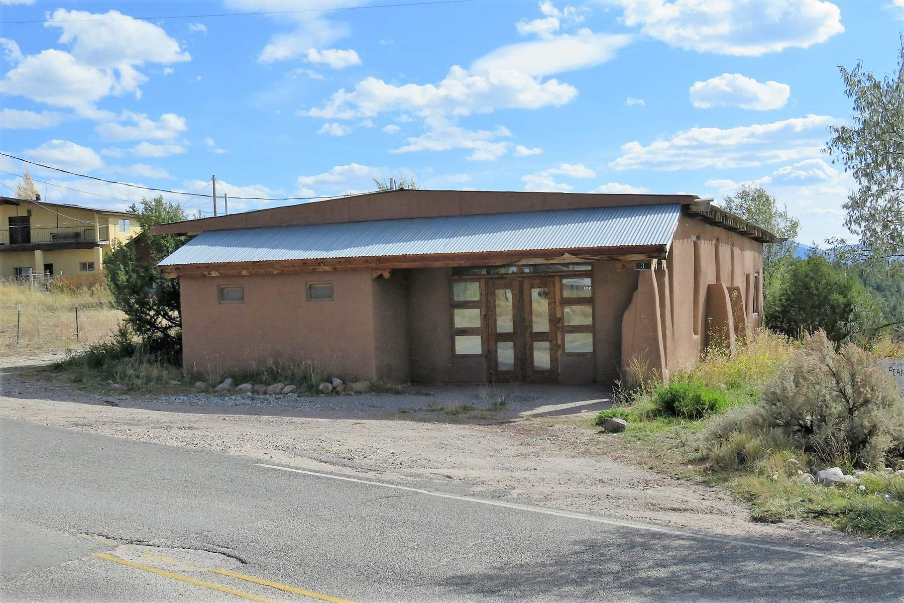 Single Family Homes للـ Sale في 3 & 5 County Road 75, Truchas, New Mexico 87578 United States