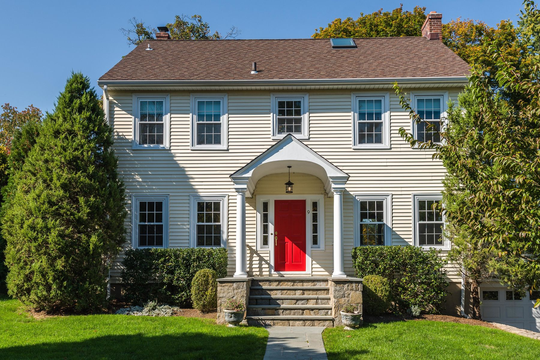 Single Family Home for Sale at 9 Shore Road Old Greenwich, Connecticut 06870 United States