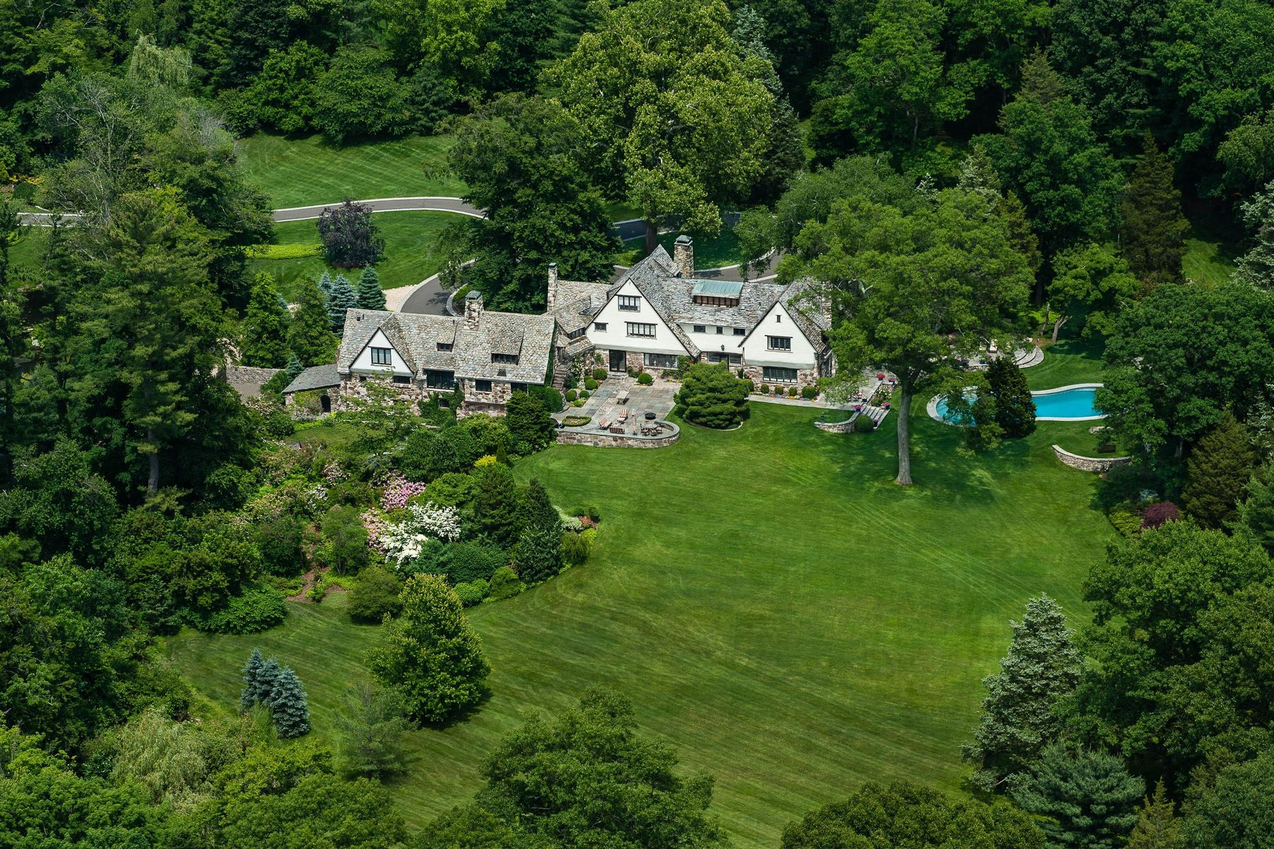 Single Family Home for Sale at The Garden House Greenwich, Connecticut 06831 United States
