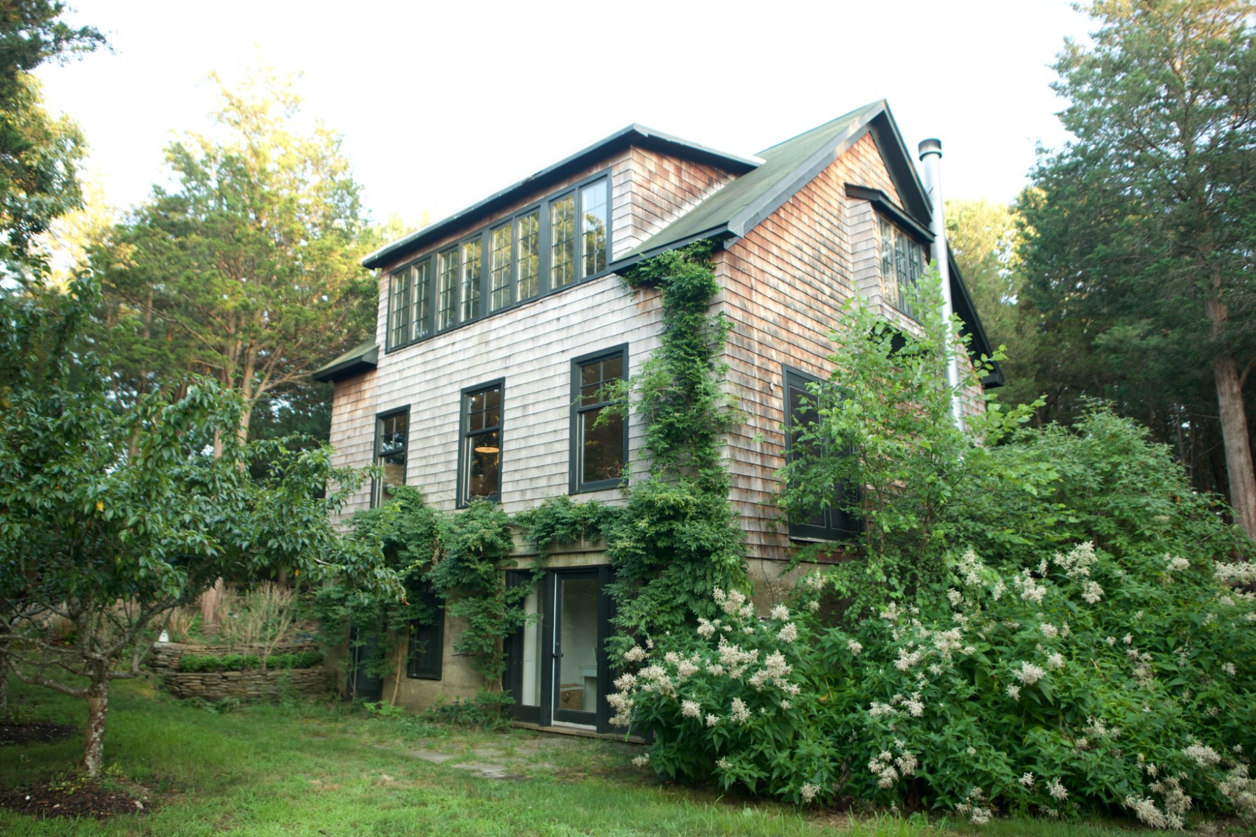 Single Family Home for Rent at Reduced Stylish Summer Rental 10 Sims Avenue Sag Harbor, New York 11963 United States
