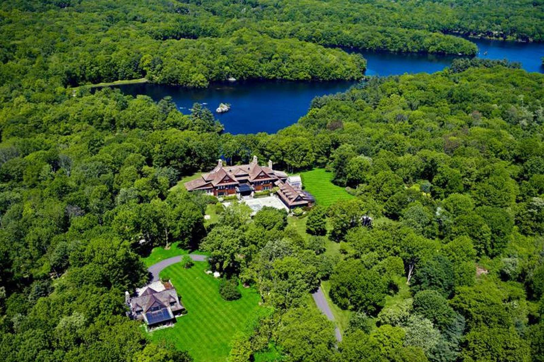 Single Family Home for Sale at Conyers Farm Lakefront Estate 65 Upper Cross Road Greenwich, Connecticut 06831 United States