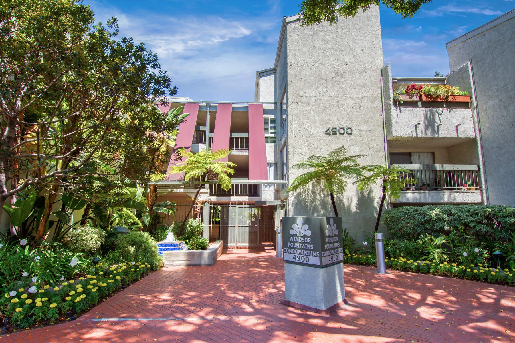 Condominium for Sale at Windsor Fountains Condo 4900 Overland Avenue #228 Culver City, California 90230 United States