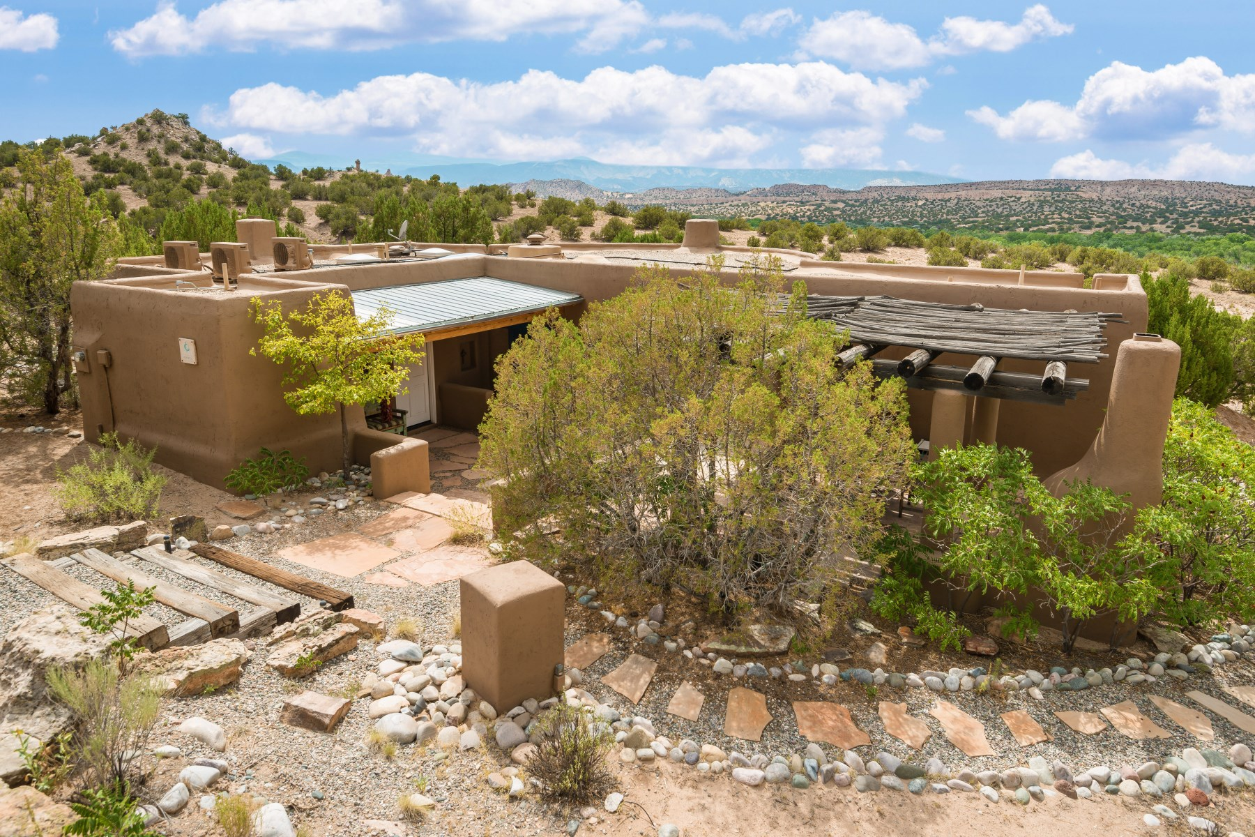 共管式独立产权公寓 为 销售 在 1 Casita Drive 卡林特, 新墨西哥州, 87549 美国