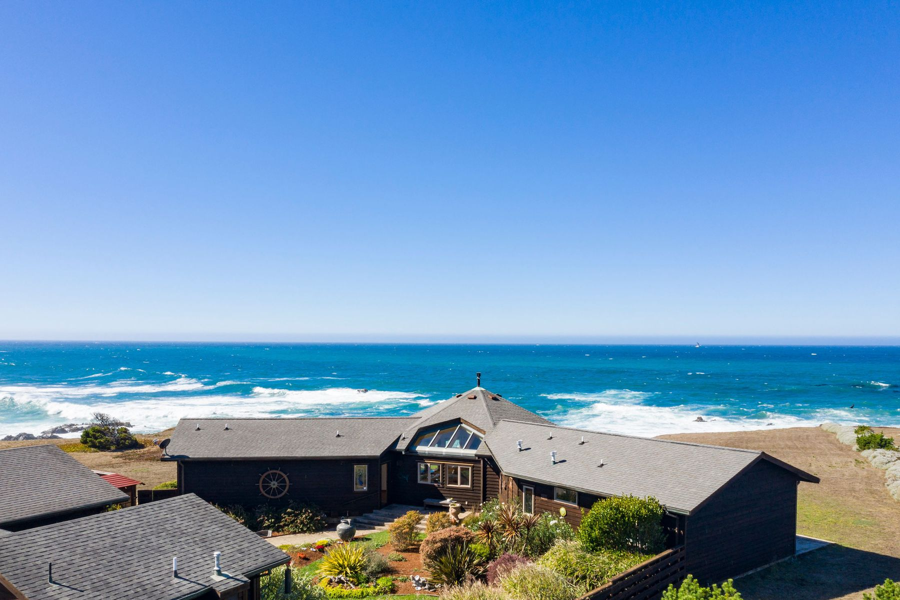 Single Family Homes for Sale at 34601 Pelican Way Fort Bragg, California 95437 United States