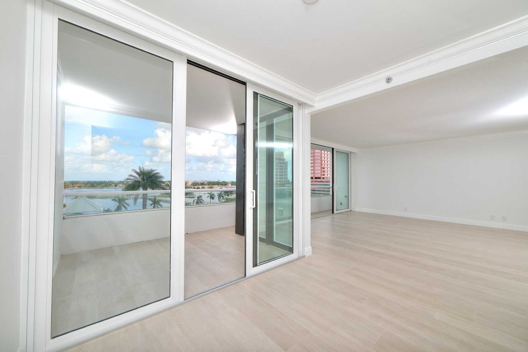 Condominium for Sale at Waterview Apartment 529 S Flagler Drive 6F West Palm Beach, Florida 33401 United States
