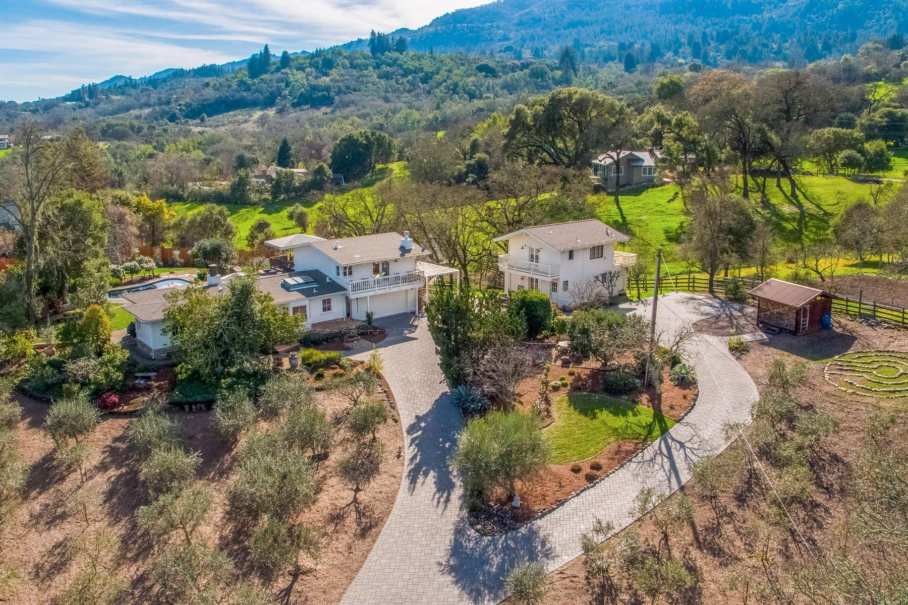 Casa Unifamiliar por un Venta en Glen Ellen Country Estate Glen Ellen, California 95442 Estados Unidos