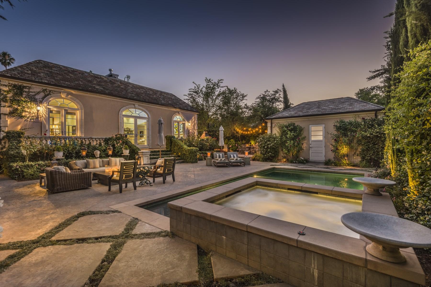 Частный односемейный дом для того Продажа на A St. Helena Jewel 1428 Hudson Ave St. Helena, Калифорния, 94574 Соединенные Штаты