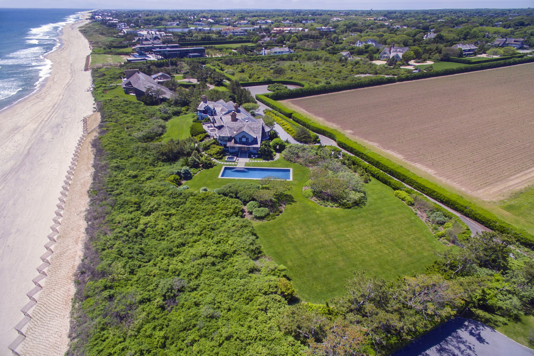 Additional photo for property listing at Barons Ln Southampton Oceanfront Estate 382 Barons Lane Southampton, New York 11968 United States